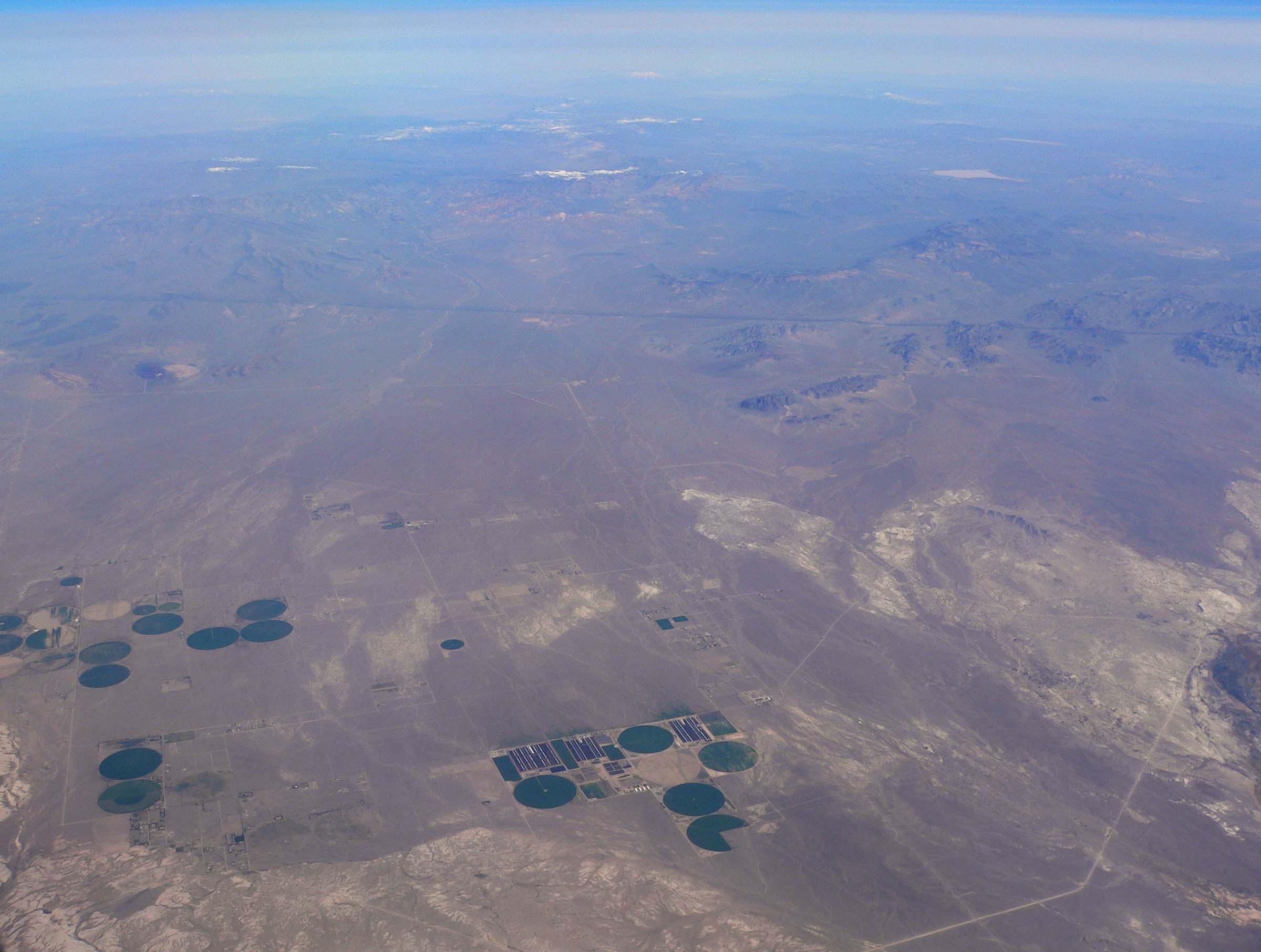File:Amargosa Desert aerial.jpg - Wikimedia Commons