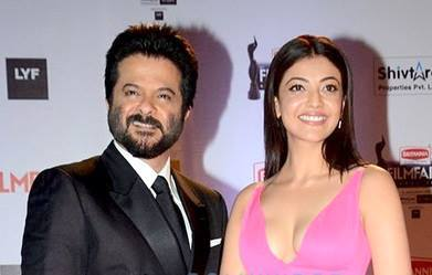 File:Anil Kapoor and Kajal Aggarwal at Filmfare Awards jpg