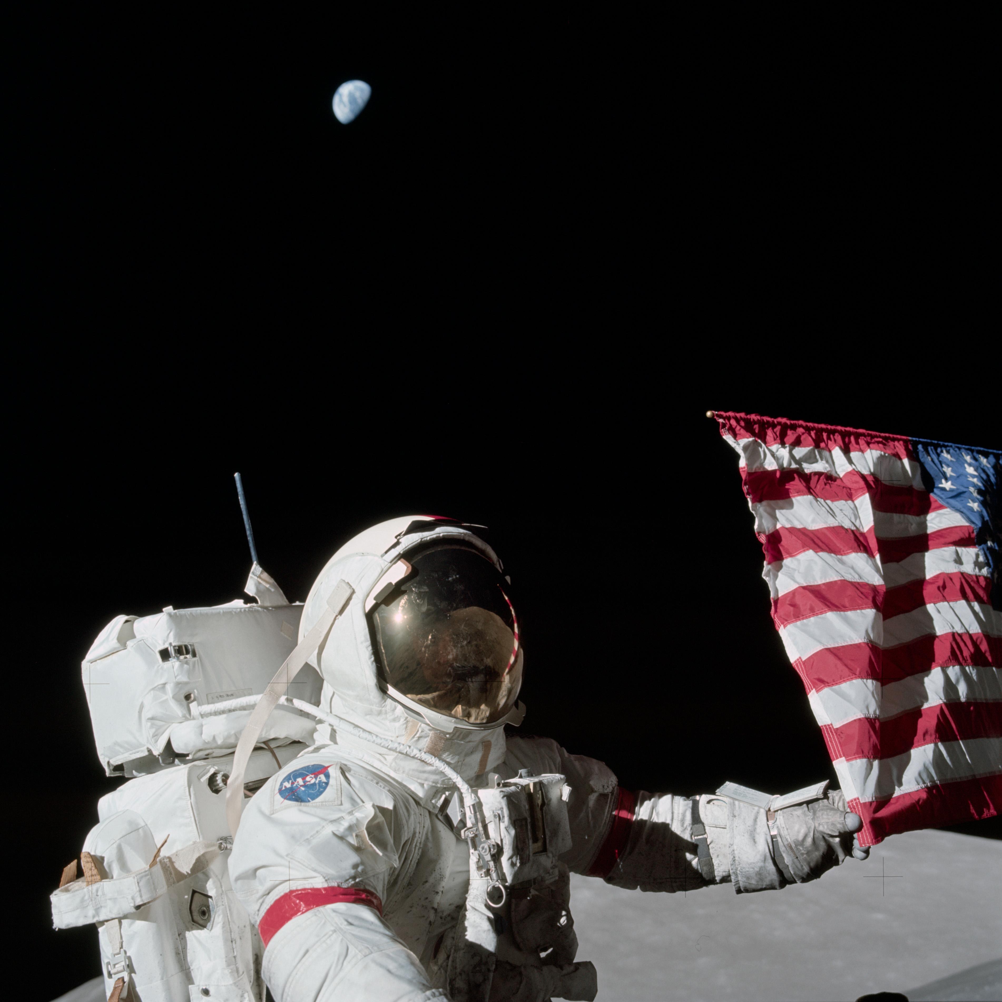 the apollo space astronauts - photo #19