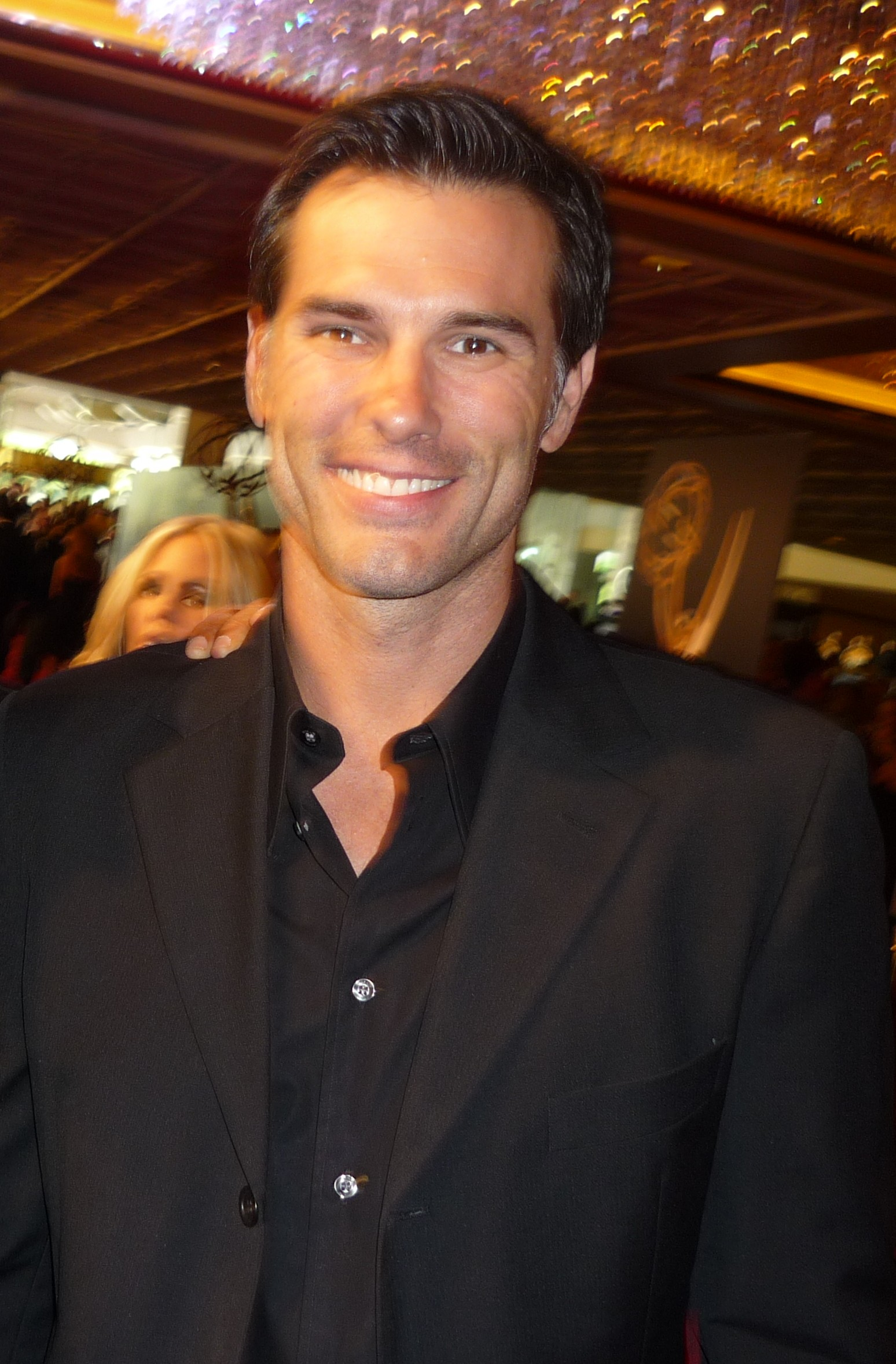 File Austin Peck 2010 Daytime Emmy Awards 2 Jpg Wikimedia Commons