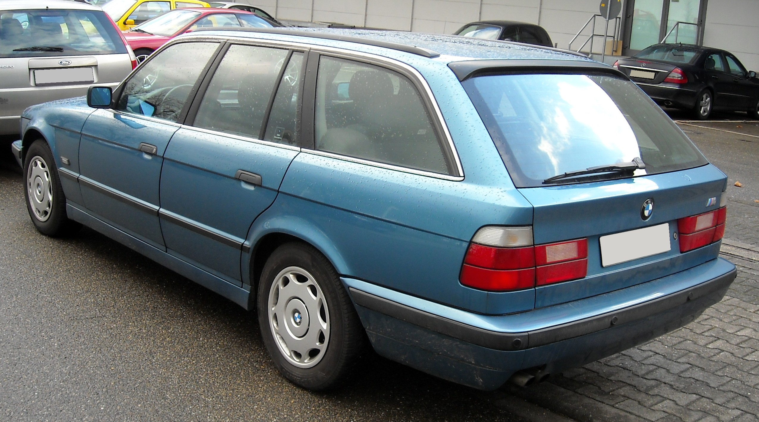 bmw e34 touring rear 20081202jpg wikimedia commons picture. Black Bedroom Furniture Sets. Home Design Ideas