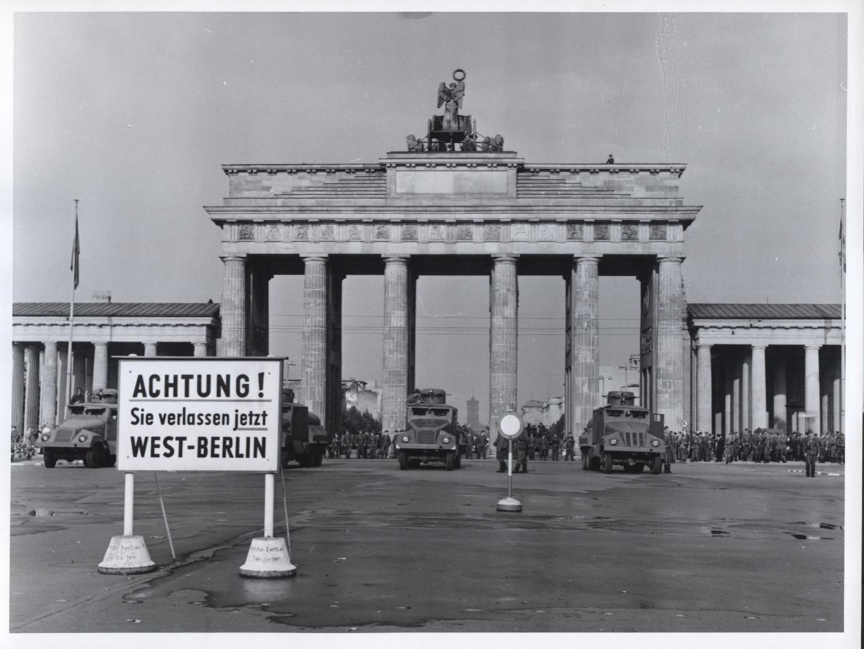 file brandenburg gate   flickr   the central intelligence