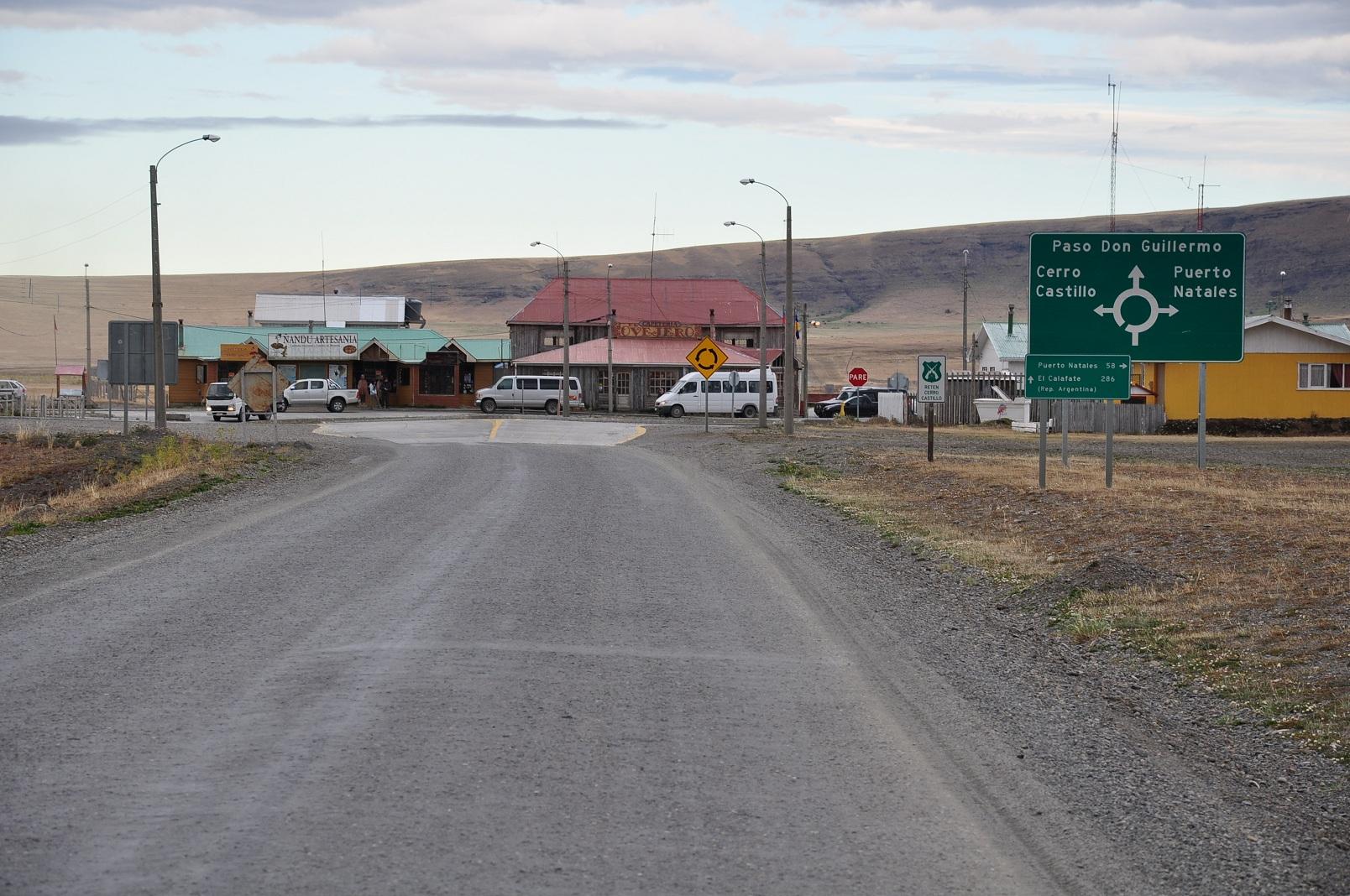 File:Chile (6), Patagonia, entering Cerro Castillo JPG - Wikimedia