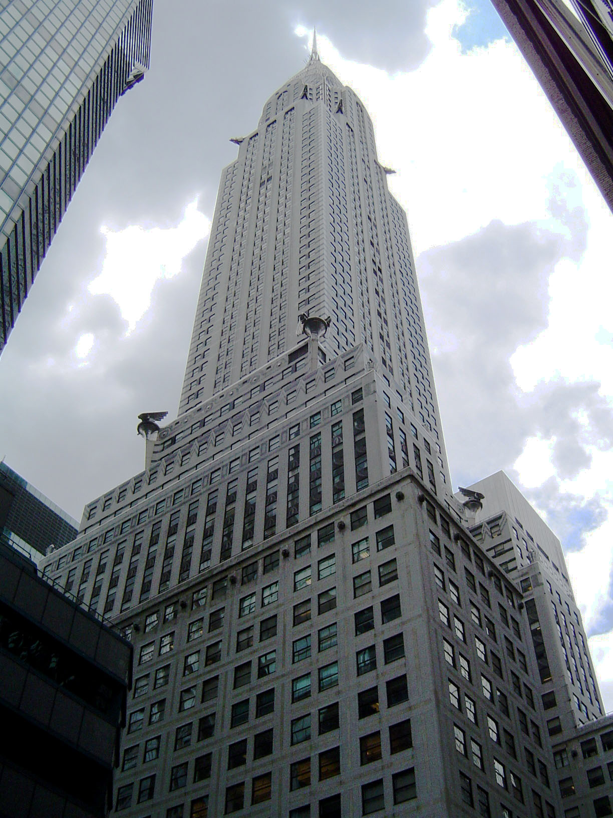 the chrysler building. Cars Review. Best American Auto & Cars Review