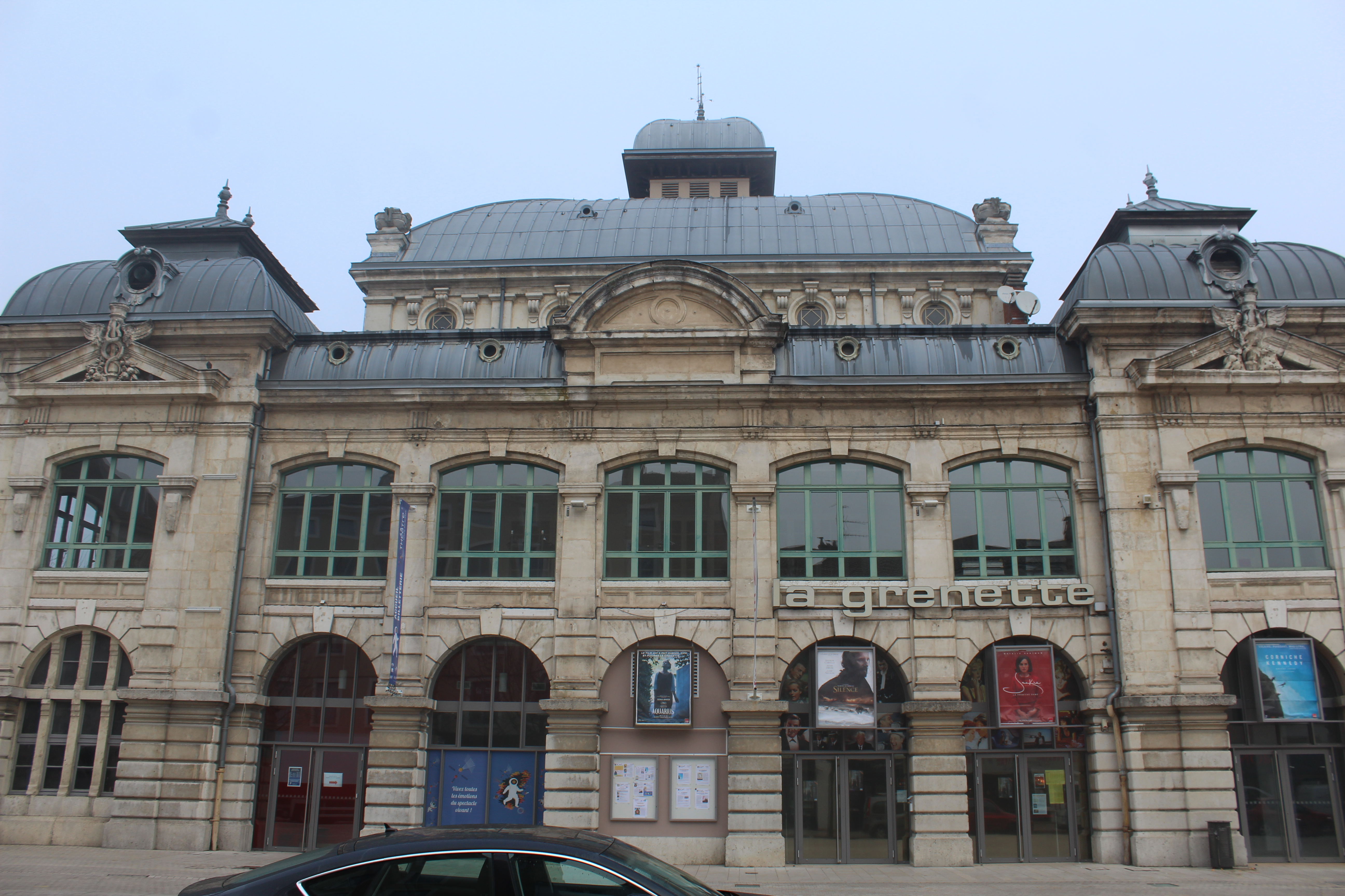 File:Cinéma Grenette Bourg Bresse 10.jpg - Wikimedia Commons
