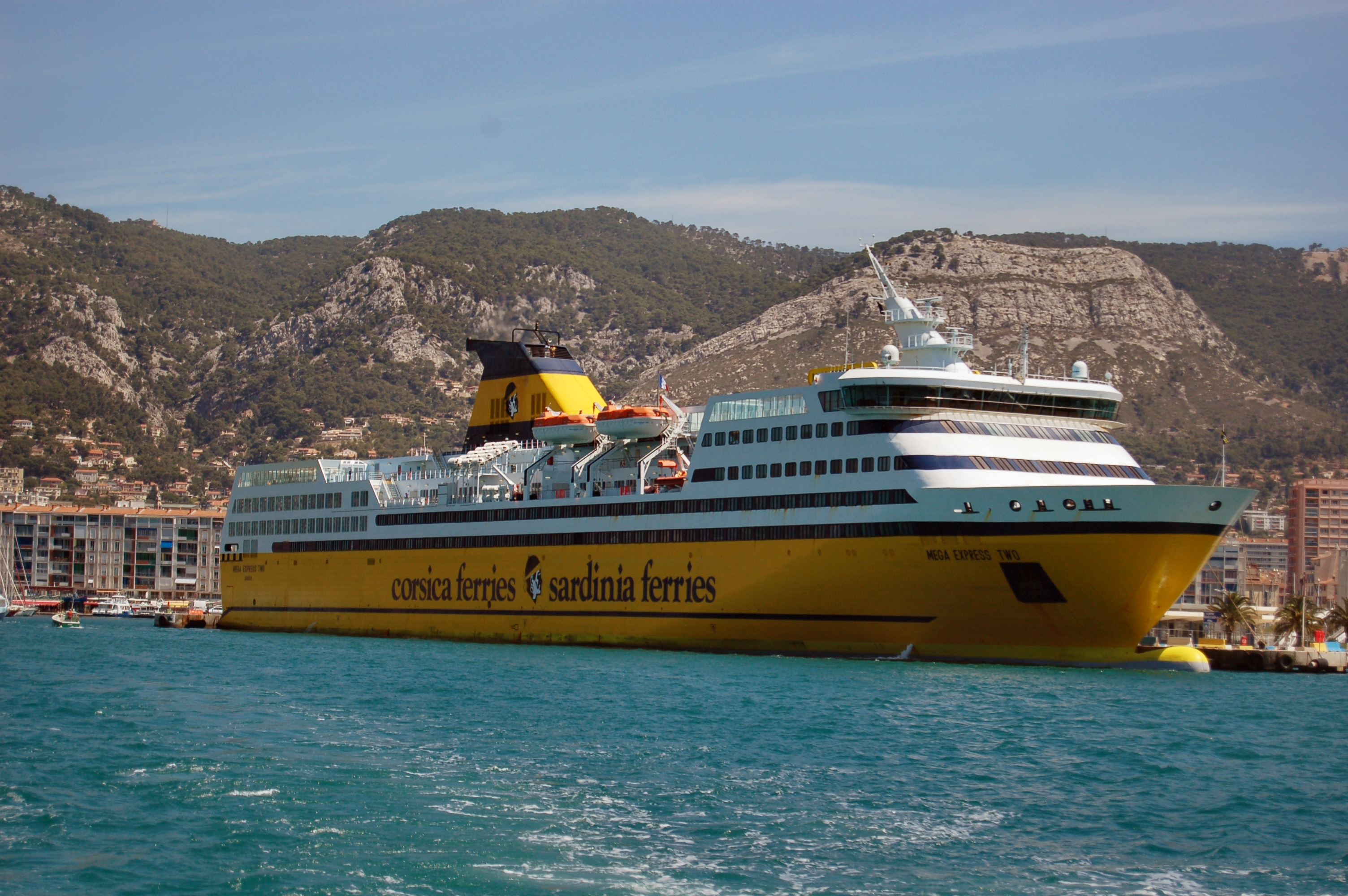 File corsica ferries wikimedia commons - Port toulon corsica ferries ...