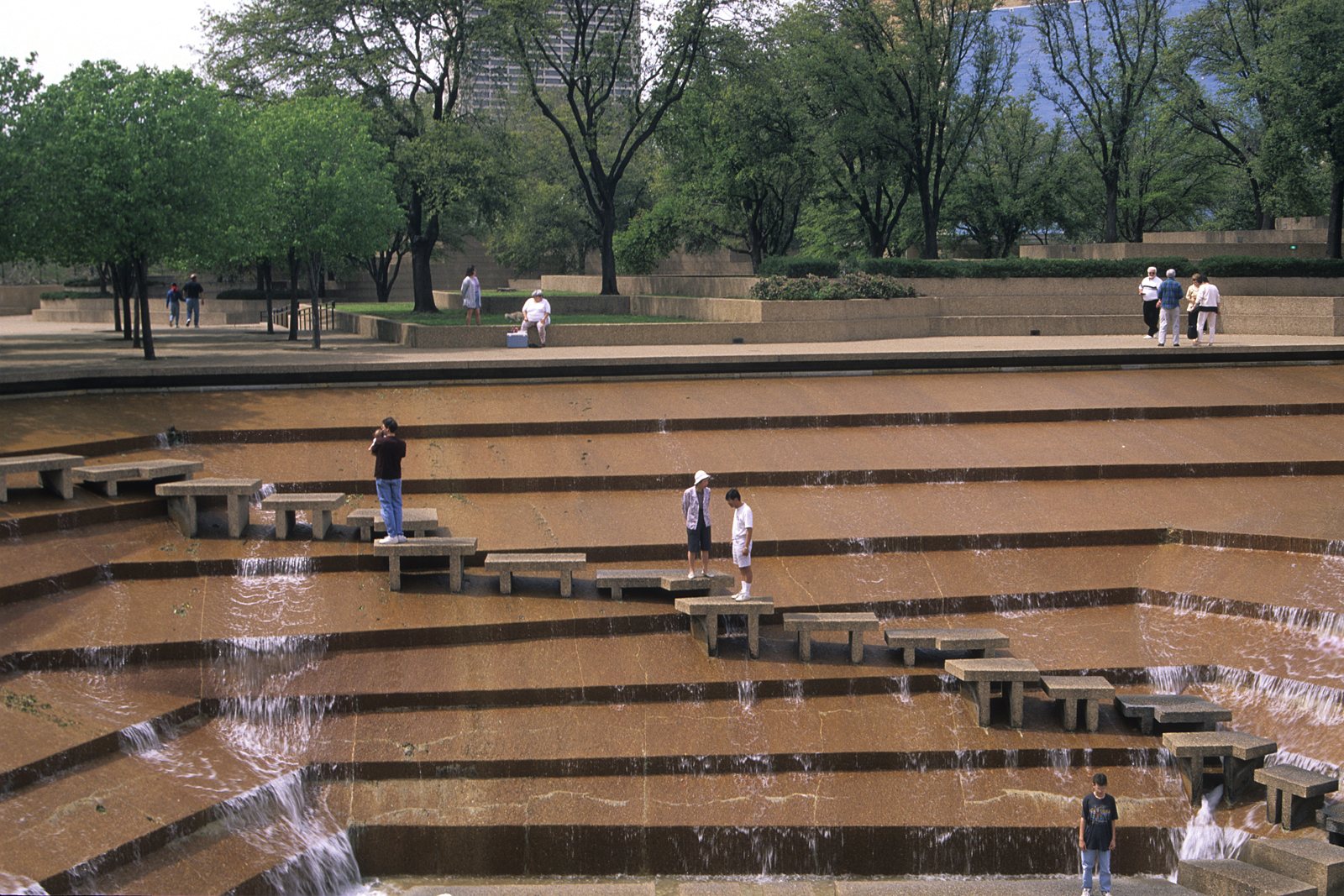 Fort worth water gardens featured in the movie logan 39 s for The water garden