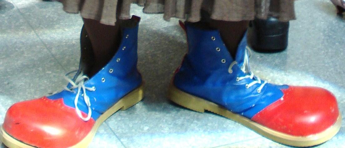 Friend_wearing_clown_shoes.jpg