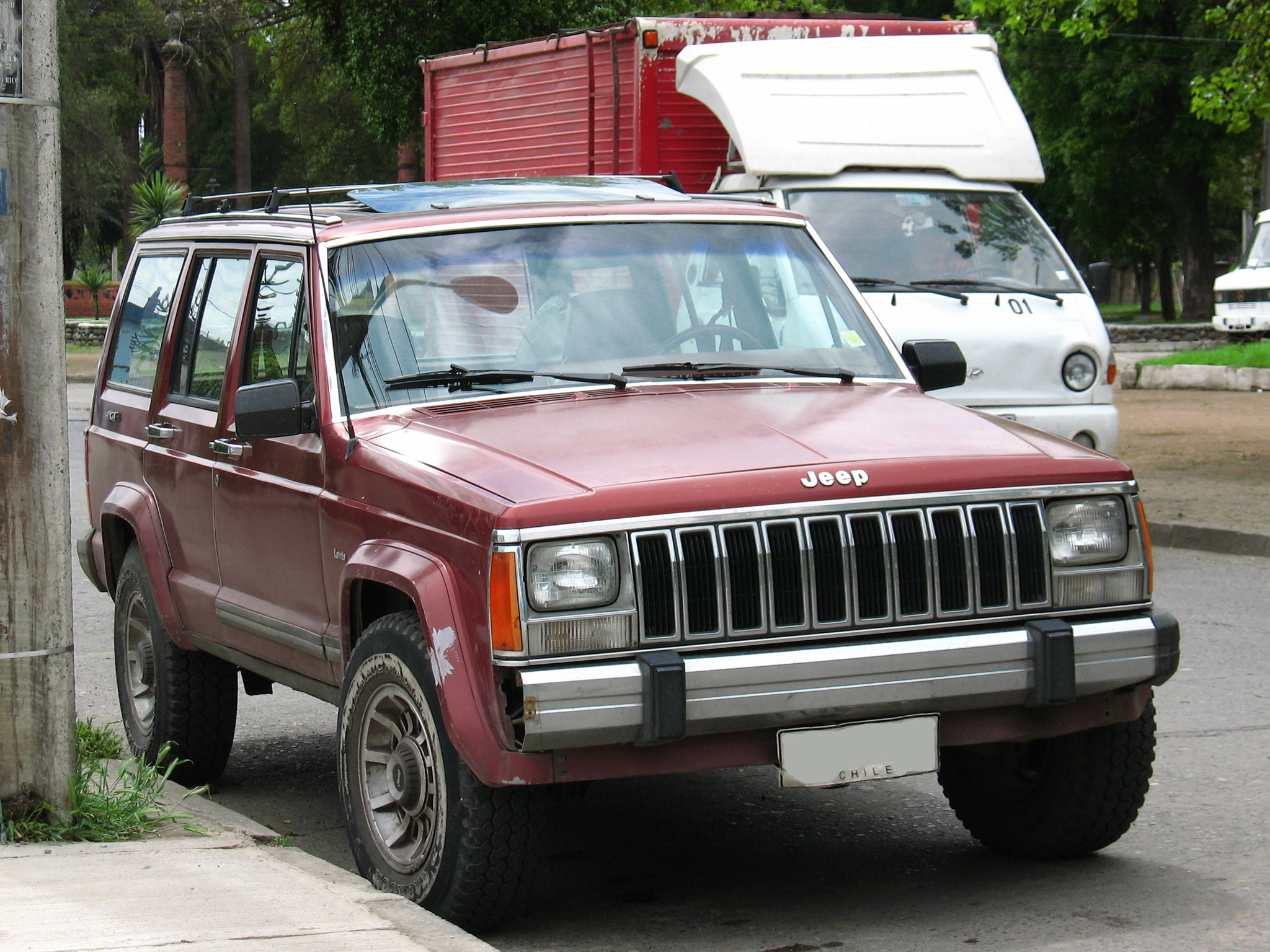 Jeep_Cherokee_2.5_Laredo_1986_%281212701