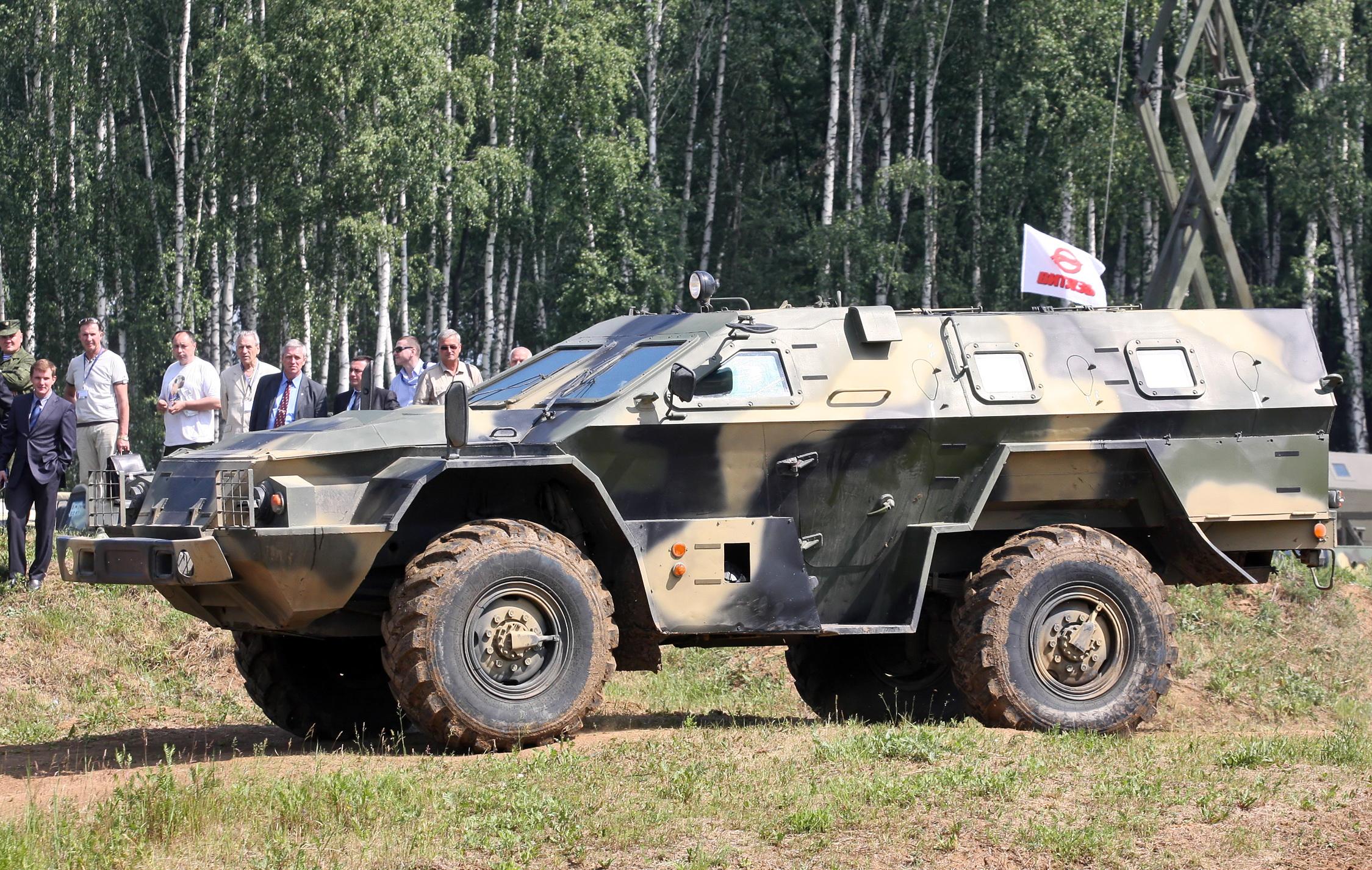 http://upload.wikimedia.org/wikipedia/commons/e/e1/KAMAZ-43269_Vystrel_Bronnitsy024.jpg?uselang=ru