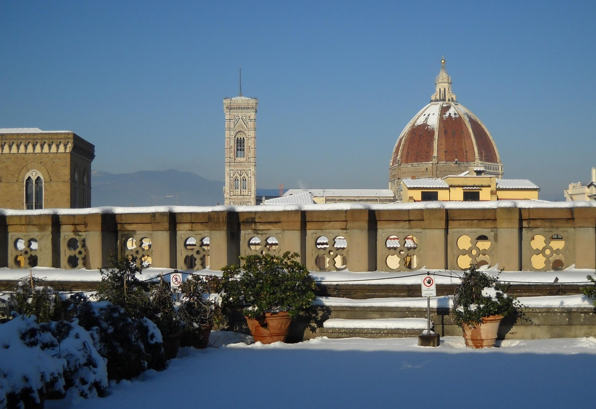 File La Stupenda Cattedrale Di Firenze Vista Dalla Terrazza