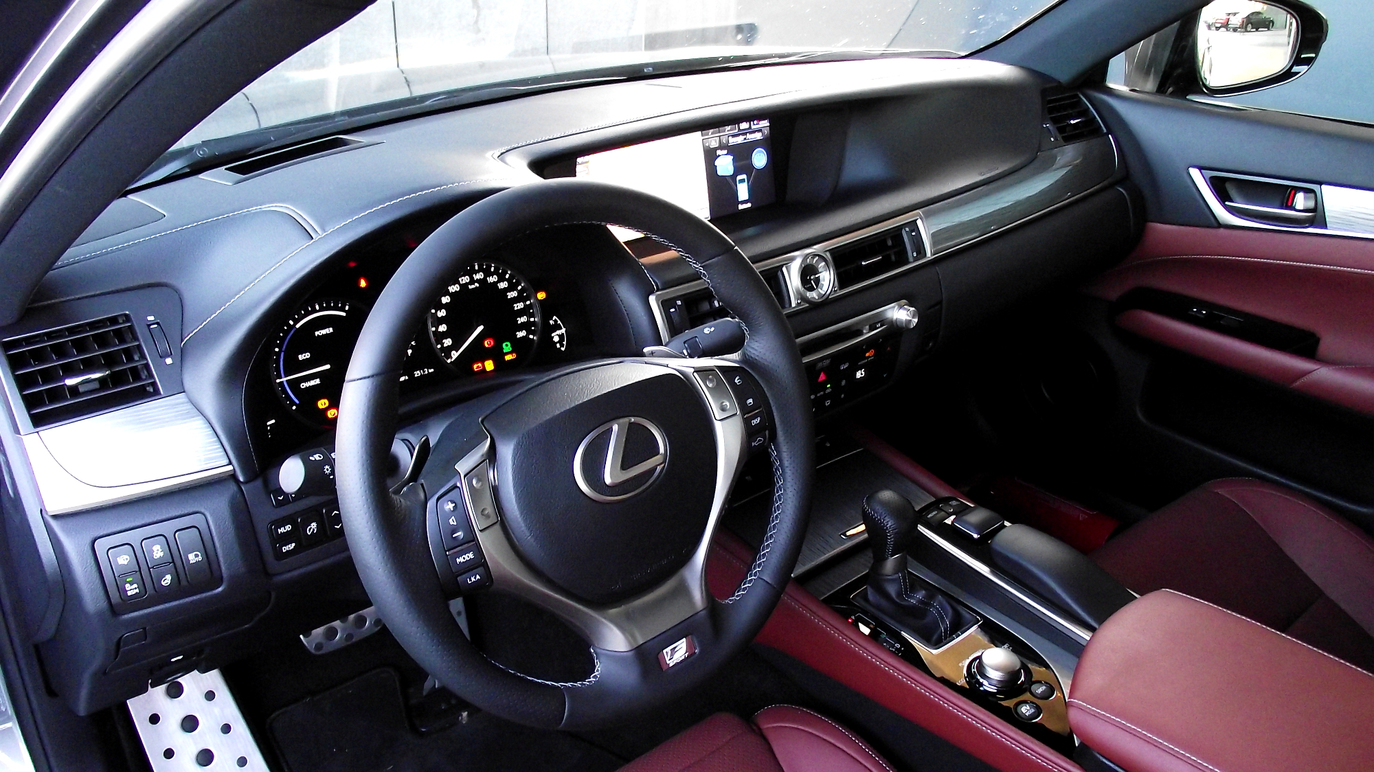 File lexus gs 300h f sport cockpit interieur innenraum for Interieur sport
