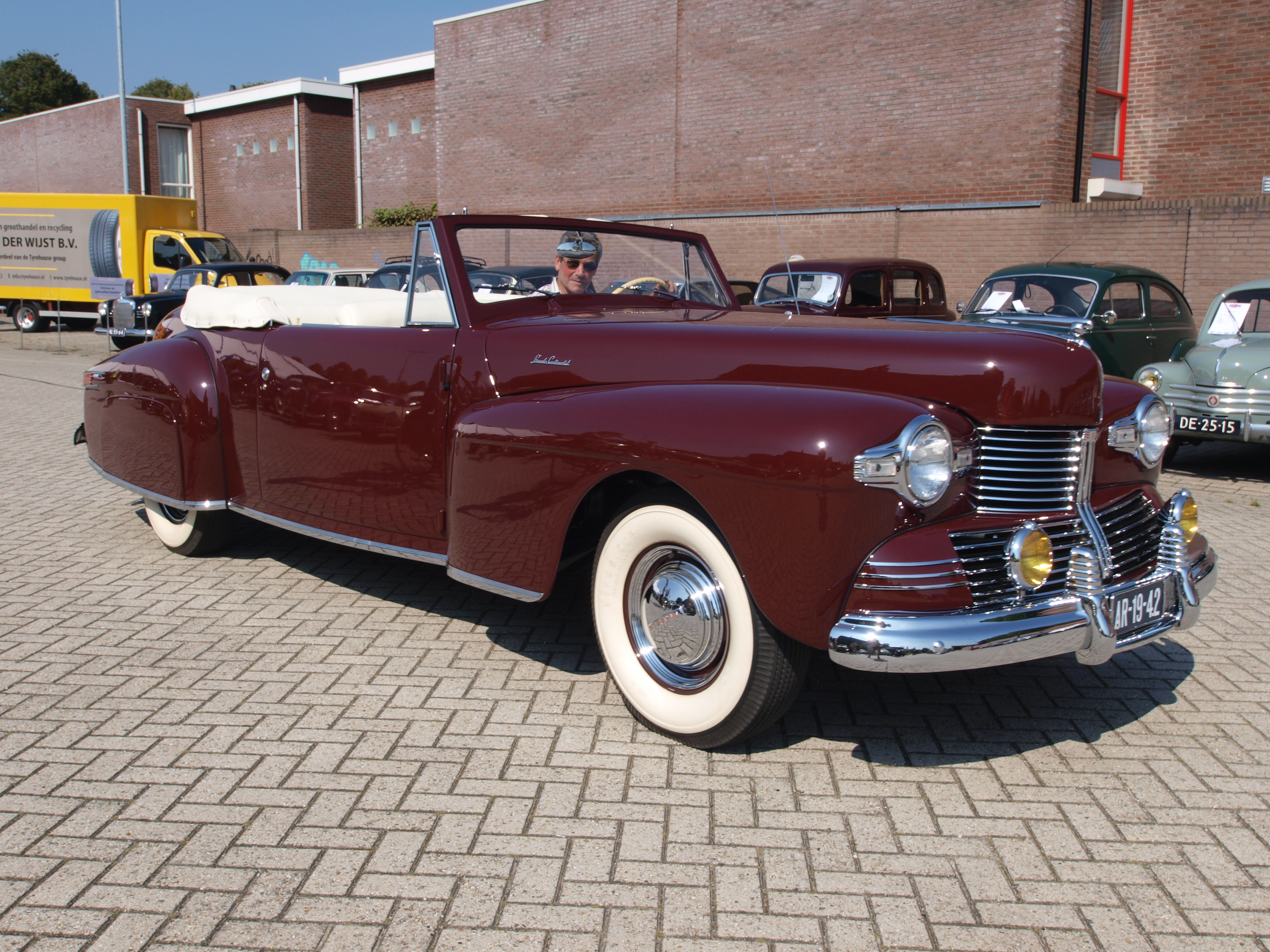 Image Result For Lincoln Continental Can