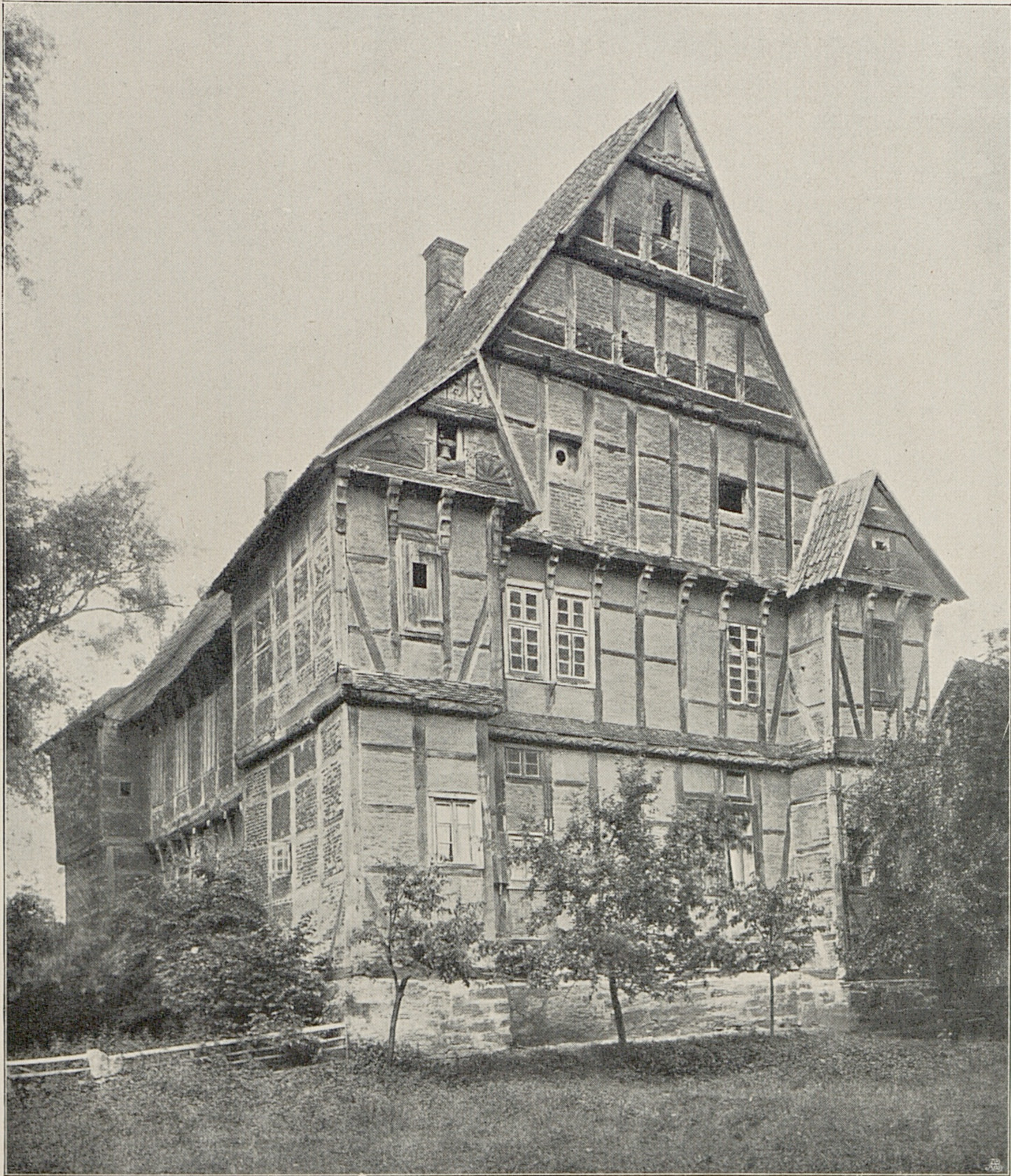 Haus Aussel in Germany where a white lady roams. Her spirit is an omen of death.