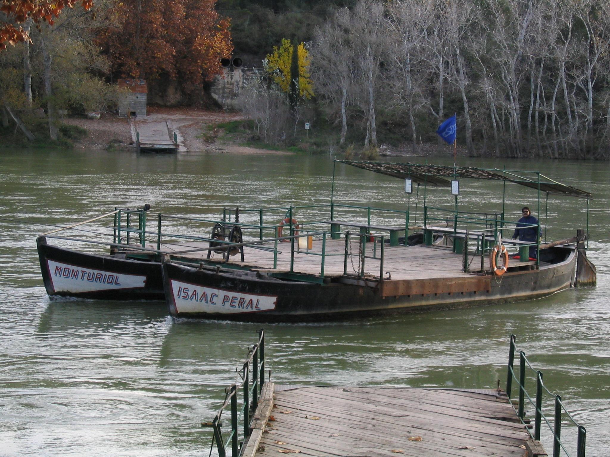 Paso de la barca de Miravet