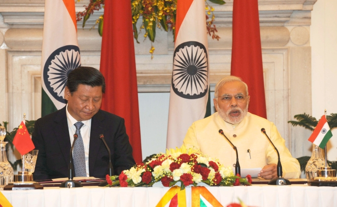 File:Prime Minister Shri Narendra Modi at the Press Briefing with President Xi Jinping of China.jpg - Wikimedia Commons