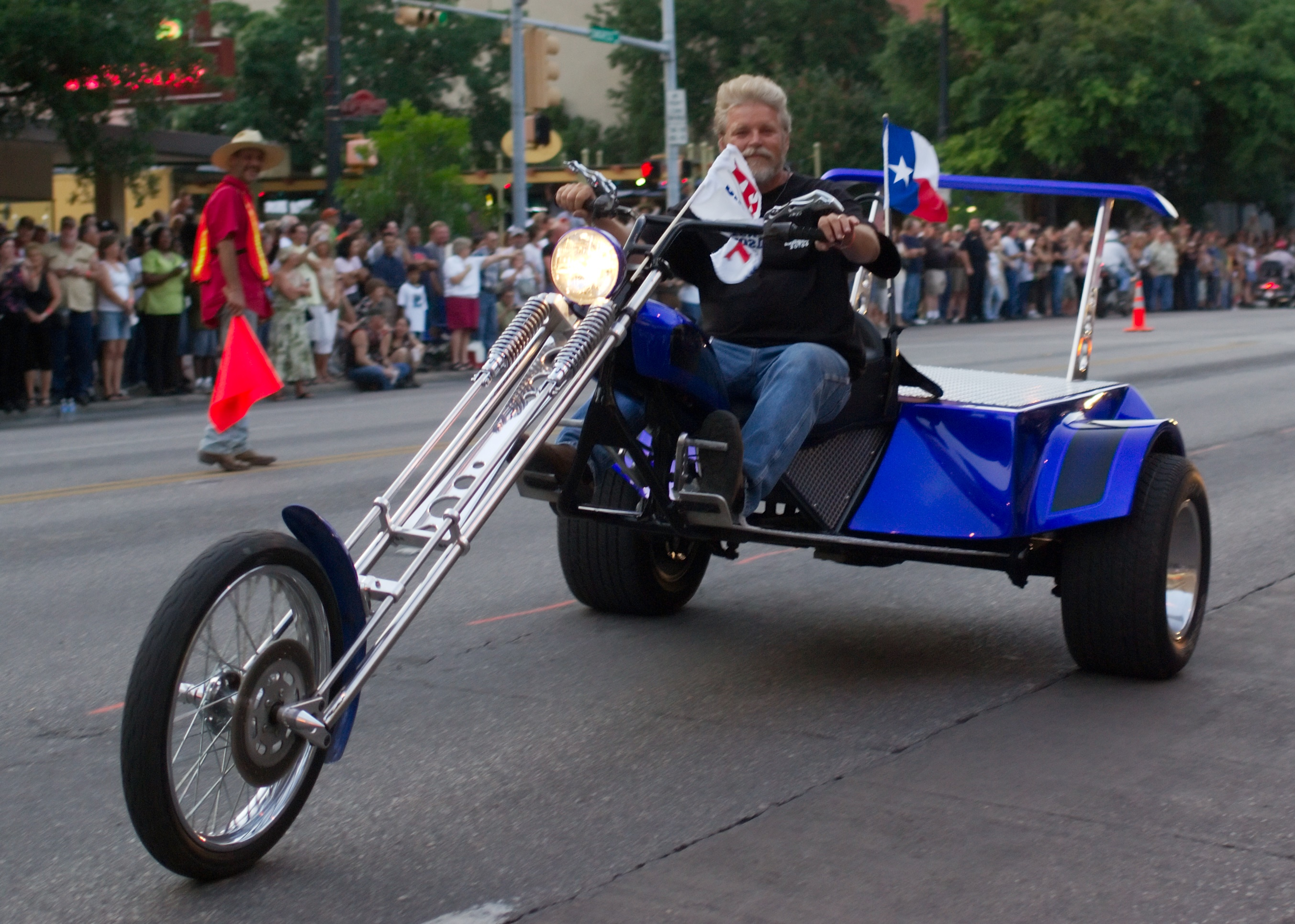File Republic of Texas Biker Rally Tricycle Wikimedia mons
