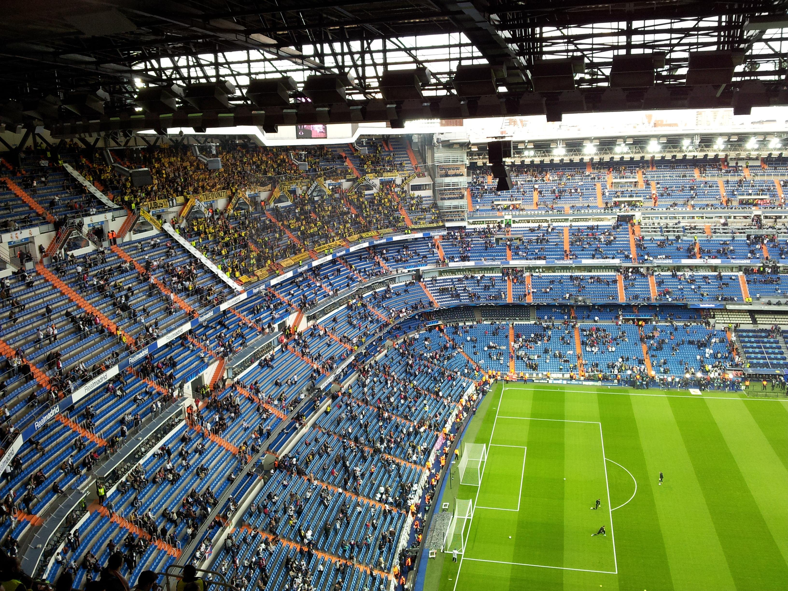 File santiago bernab u stadium real madrid borussia for Puerta 38 santiago bernabeu