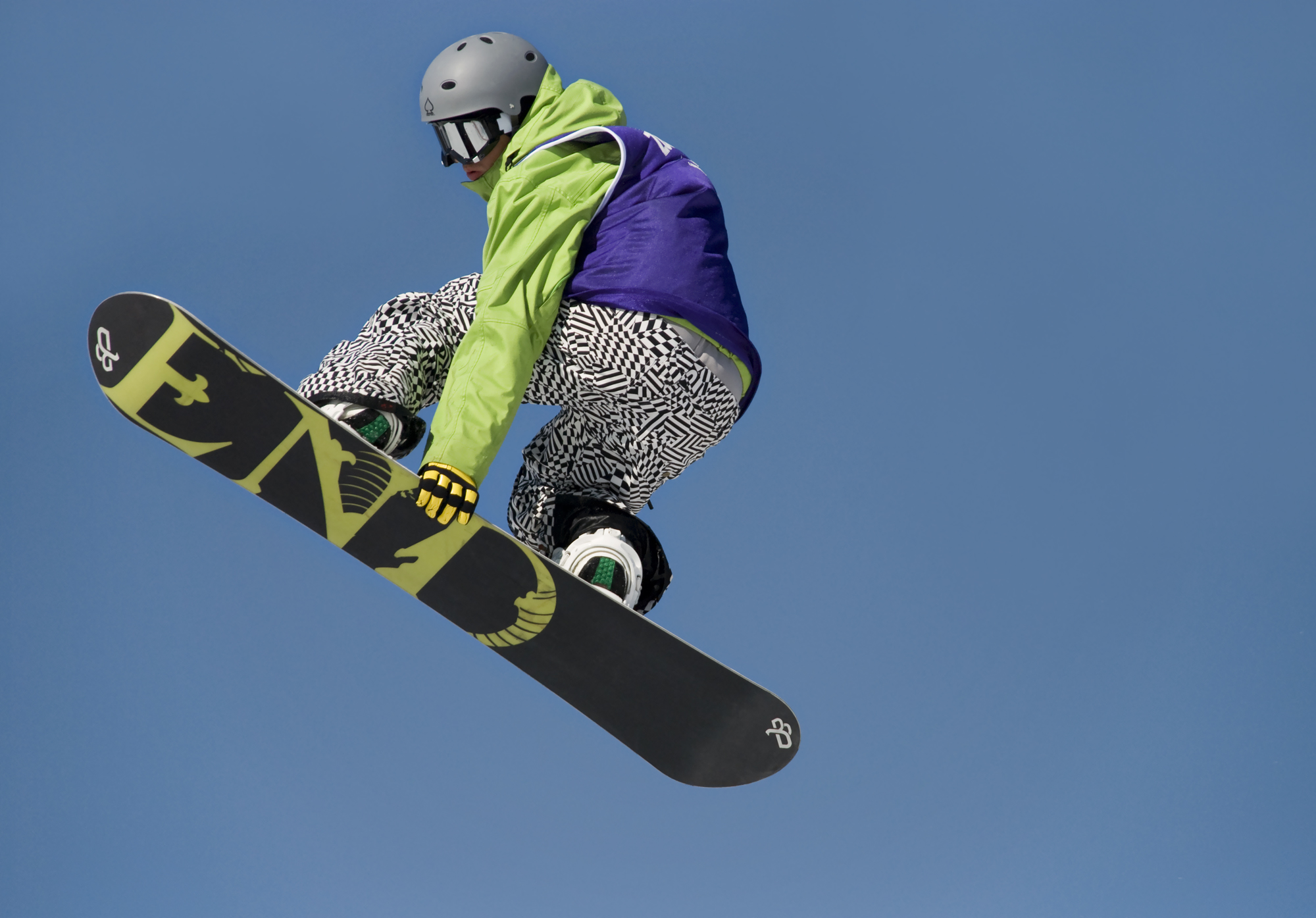 how to land a snowboard jump