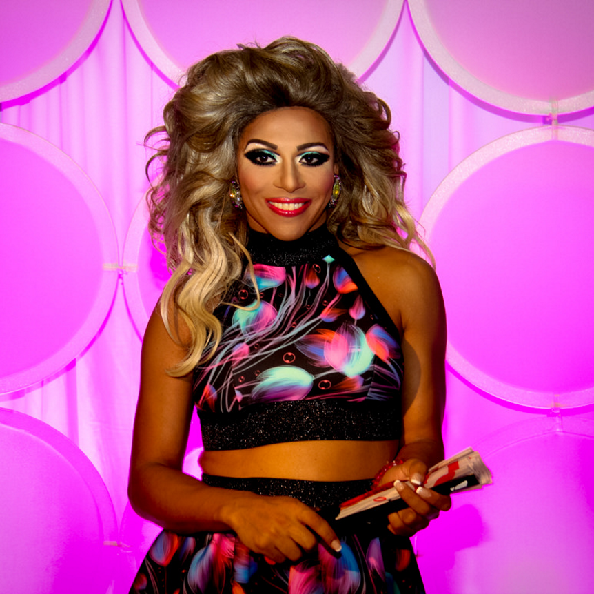 wadley single girls Shangela laquifa wadley  not rupaul's school for girls shangela fell into the bottom two in the  she was choreographing beyoncé's single ladies for three.