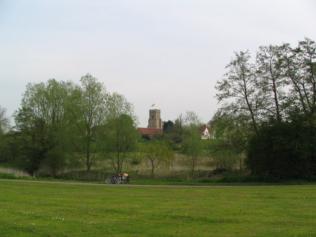 St Nicolas Church Witham from the River Walk - geograph.org.uk - 149846