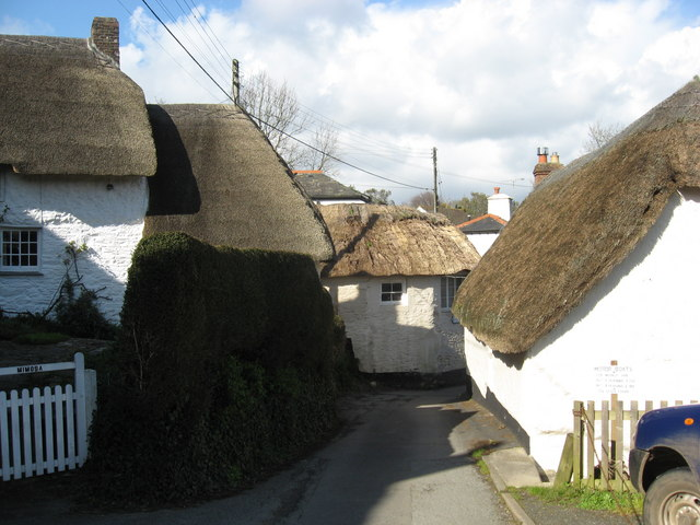 Thatched Cottages - geograph.org.uk - 746576