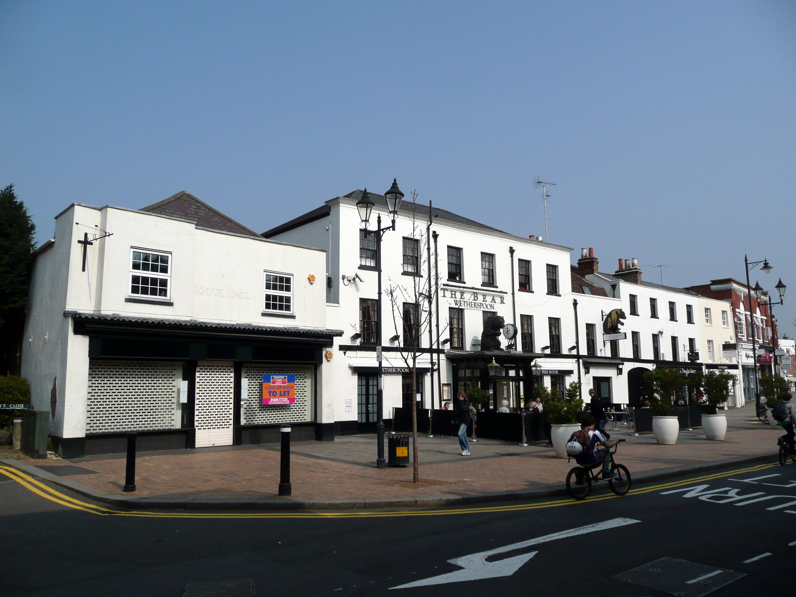 File The Bear Hotel Maidenhead Jpg
