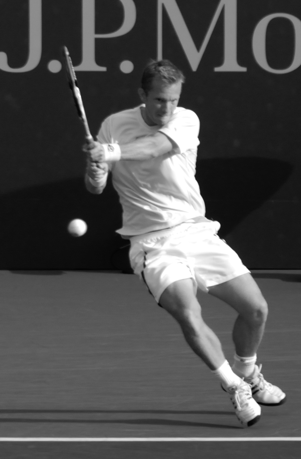 raquette professionnel tennis