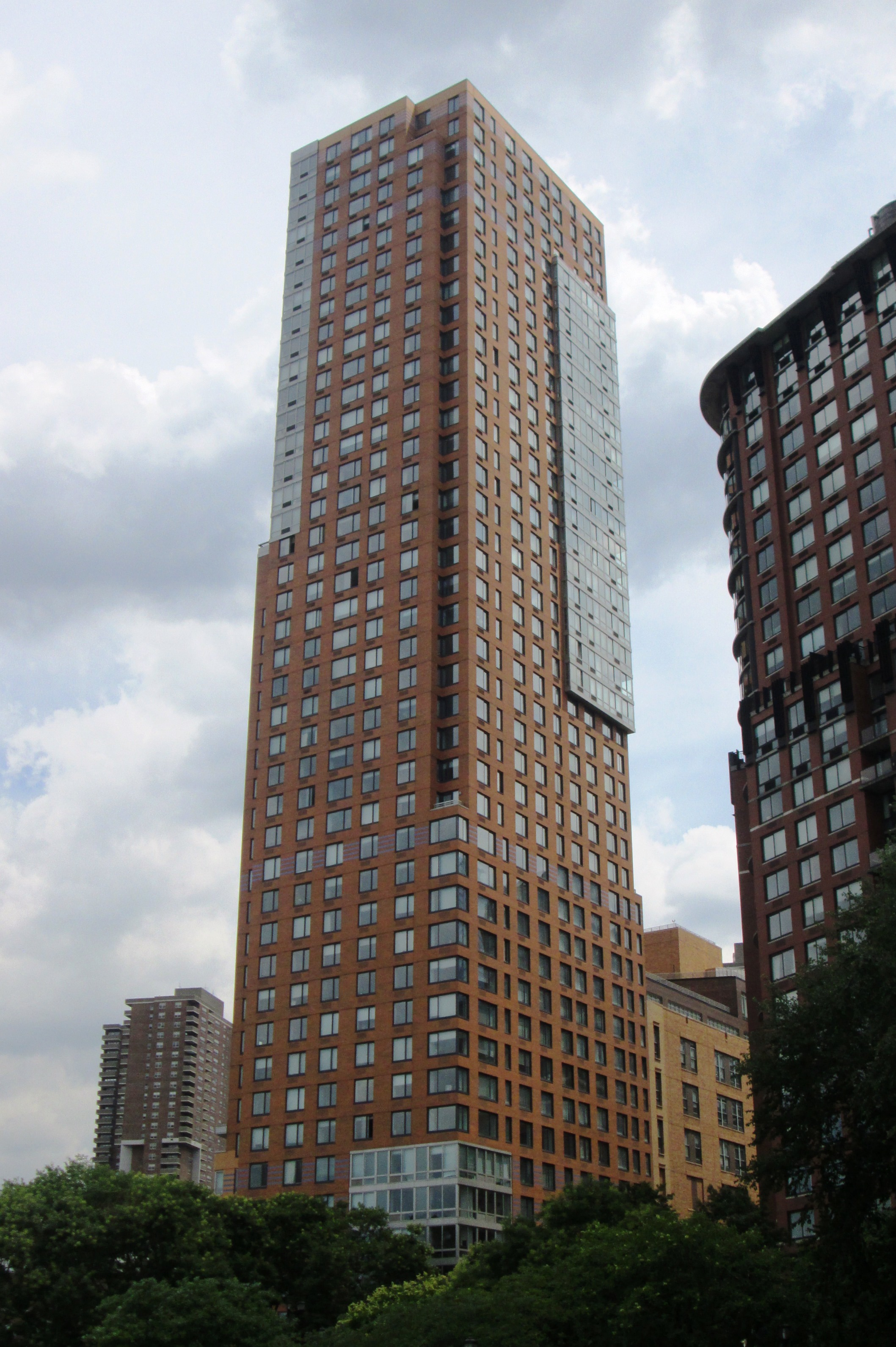 File tribeca pointe 41 river terrace battery park for 55 park terrace east