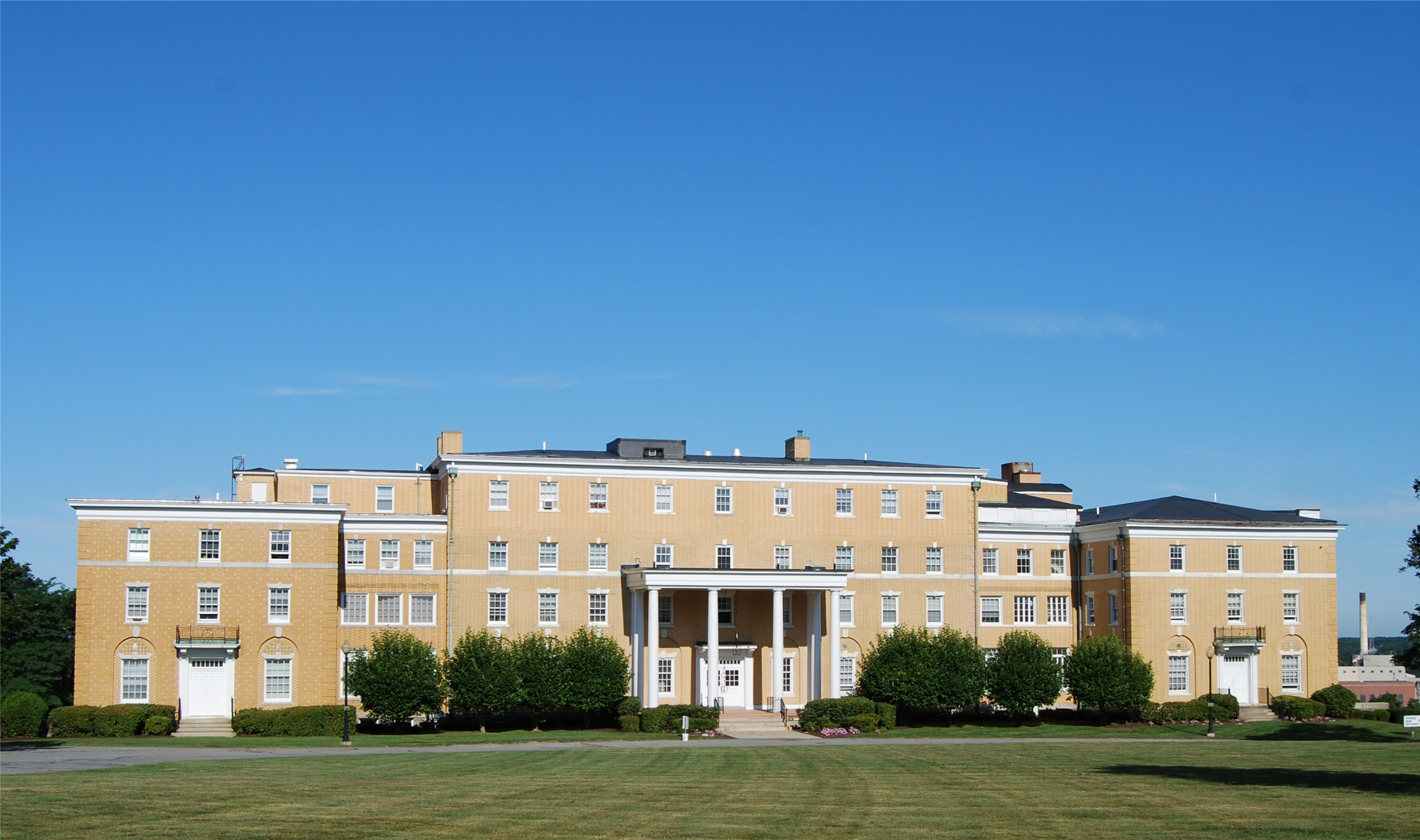 Truesdale Hospital - Wikipedia