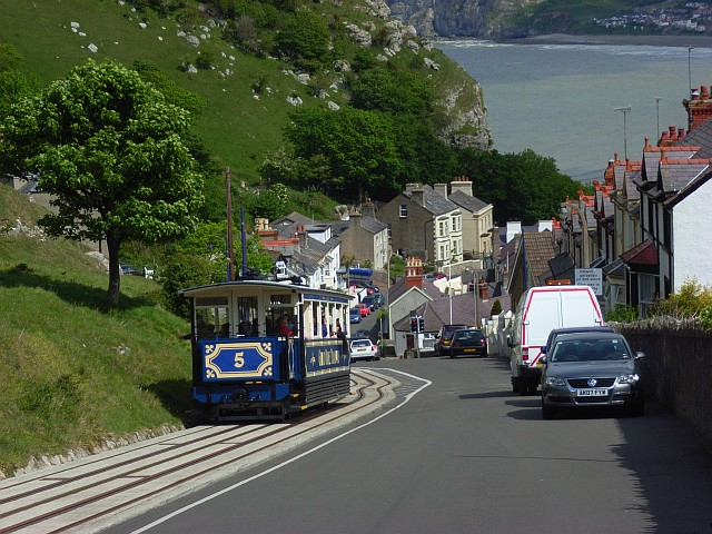 Ty-Gwyn Road, Llandudno The tram is descending, and just approaching a passing point. Number 4 was coming up the hill.