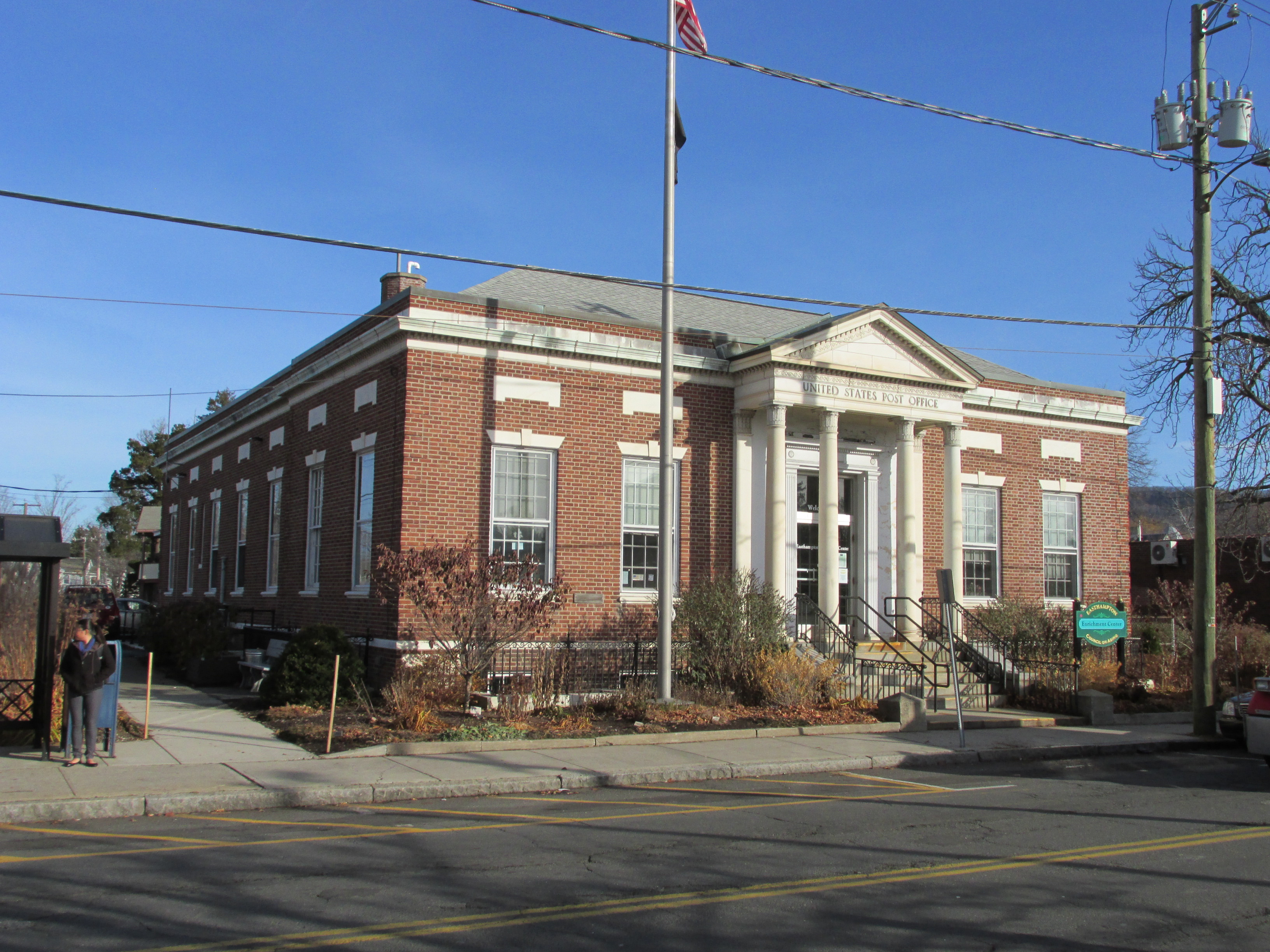United States Post Office–Easthampton Main - Wikipedia