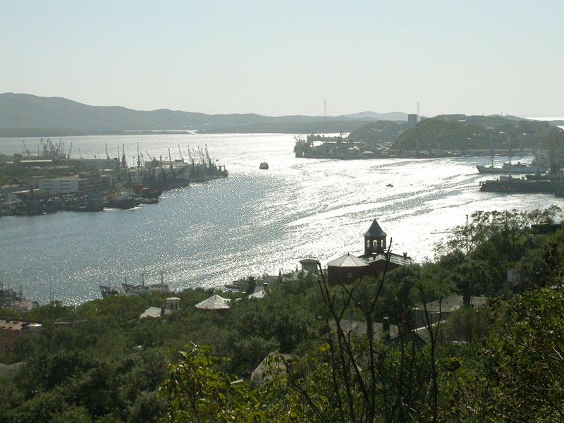 File:Владивосток бухта Золотой Рог.jpg