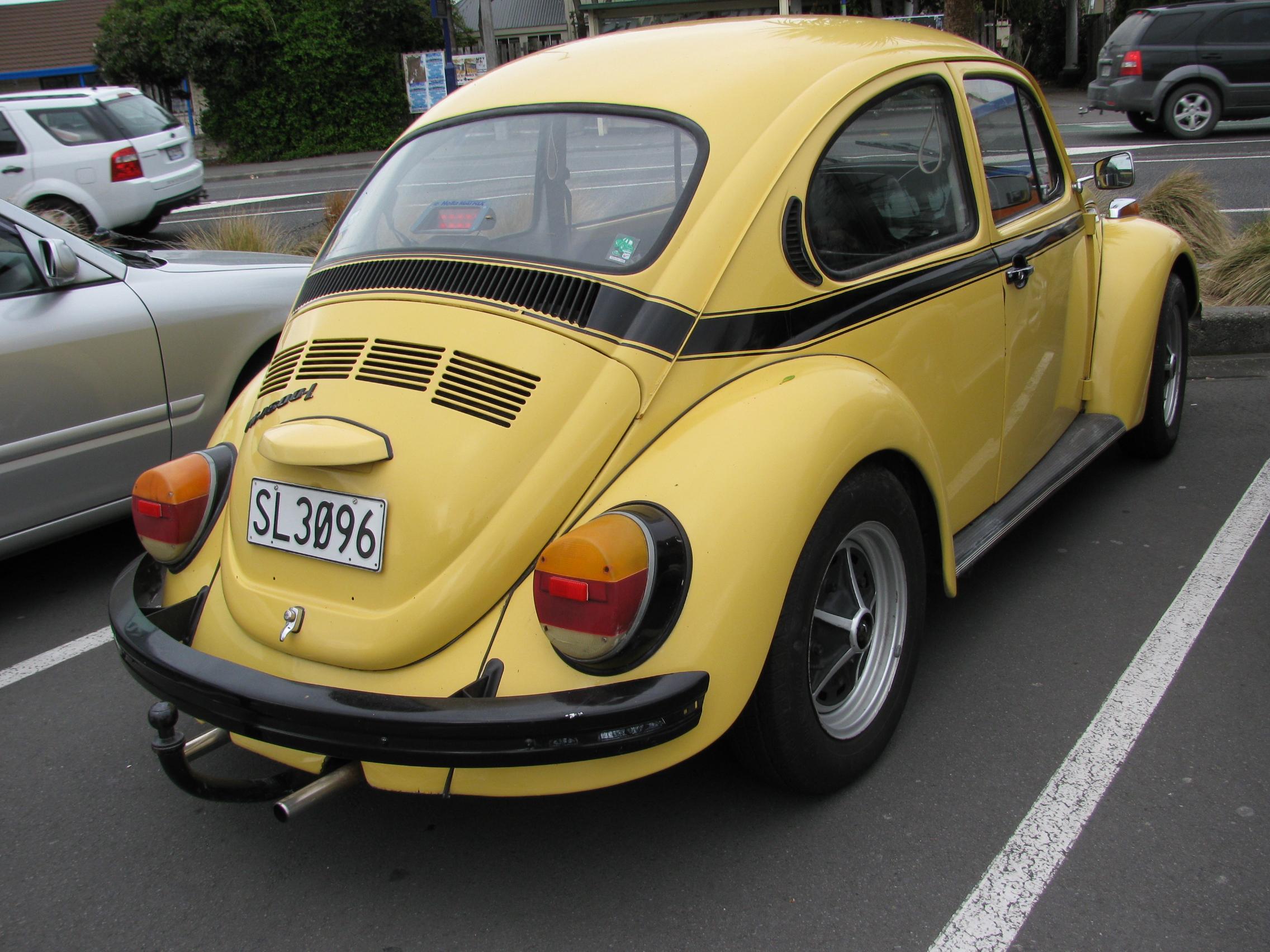 file 1974 volkswagen 1600 beetle 39 fun bug 39 6265727316 jpg wikimedia commons. Black Bedroom Furniture Sets. Home Design Ideas