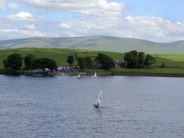 Boats sailing on Killington Lake - geograph.org.uk - 1368802