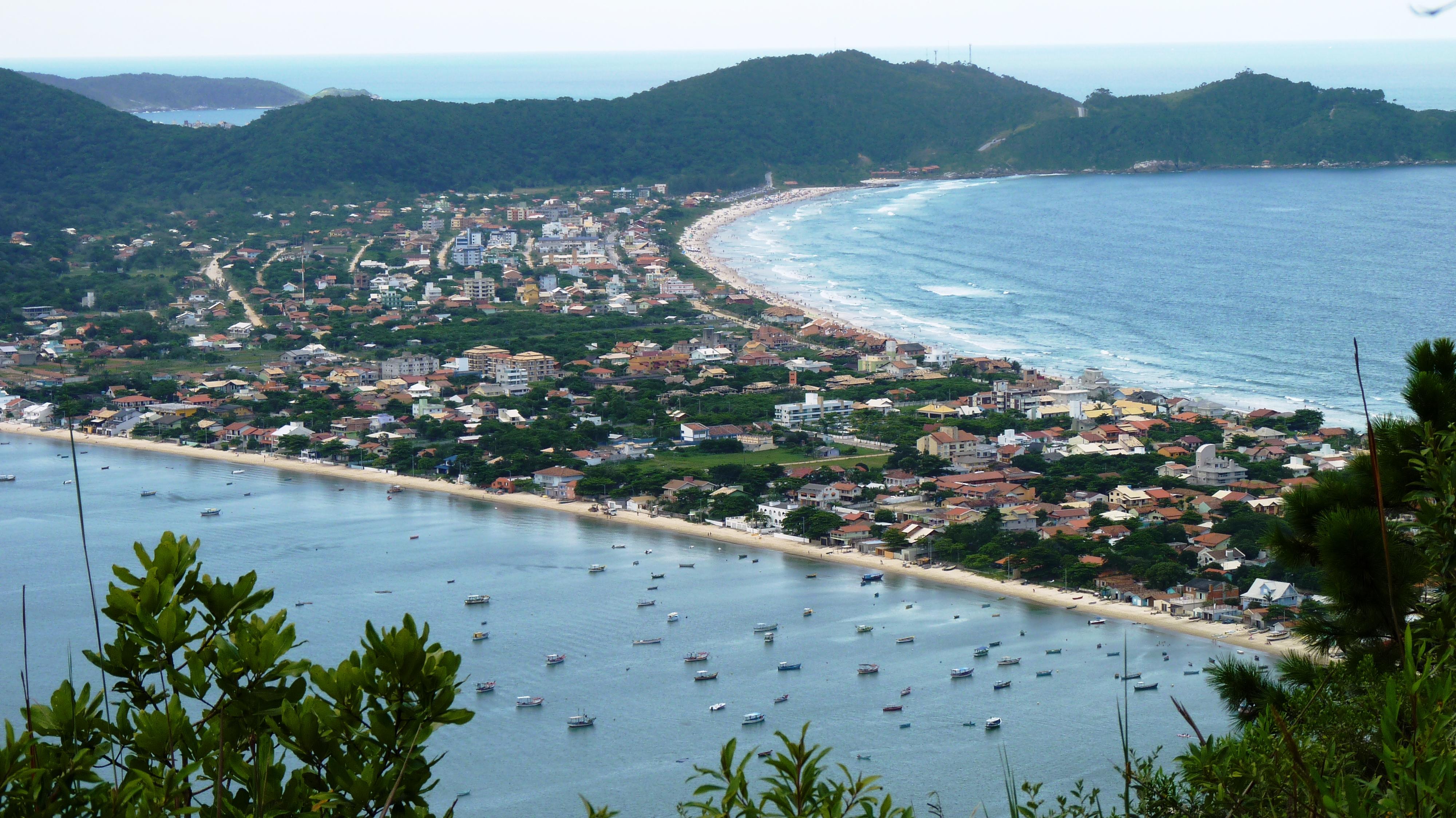 mariscal em bombinhas entre as melhores praias de santa catarina