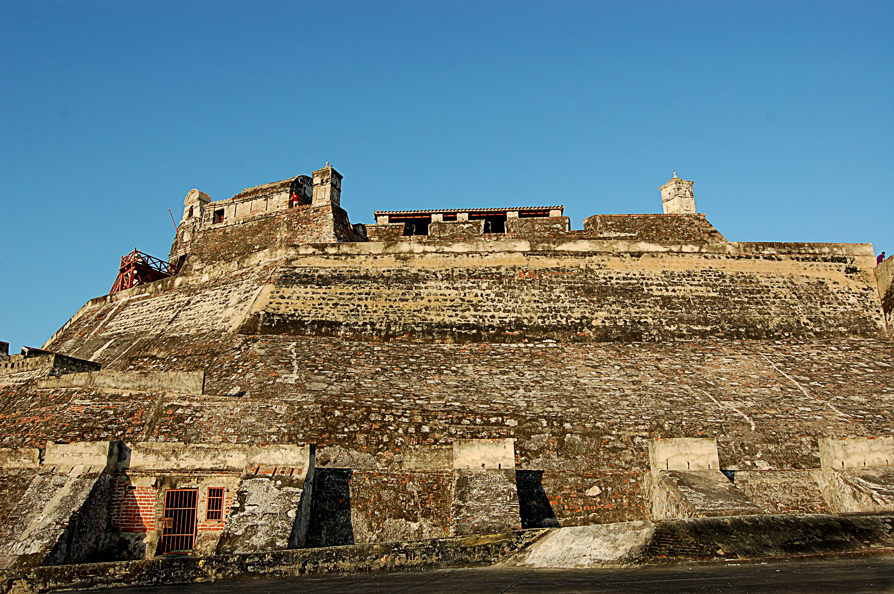 file castillo san felipe de barajas jpg wikimedia commons rh commons wikimedia org