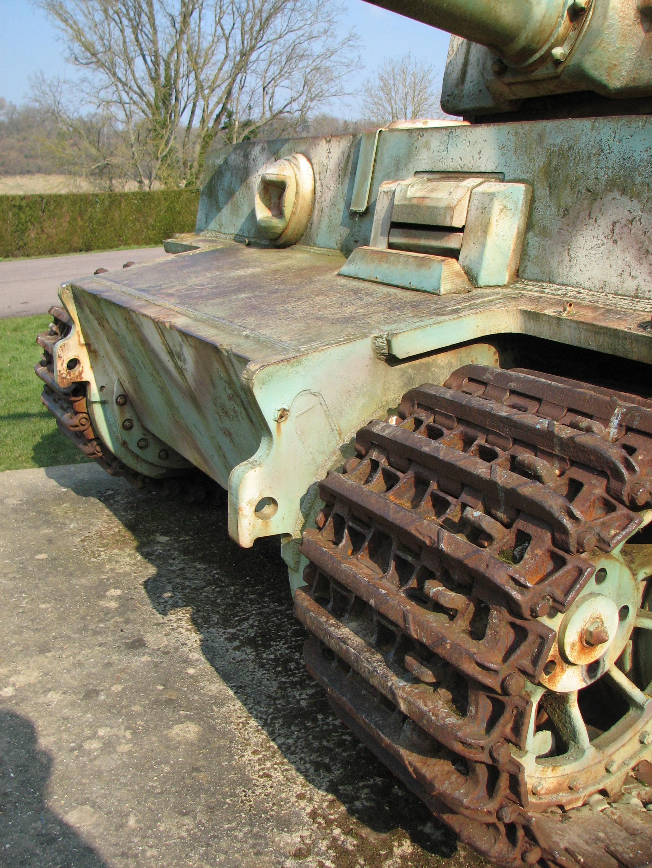 File char tigre de vimoutiers 2012 02 front 3 jpg for L interieur du char de vimoutier