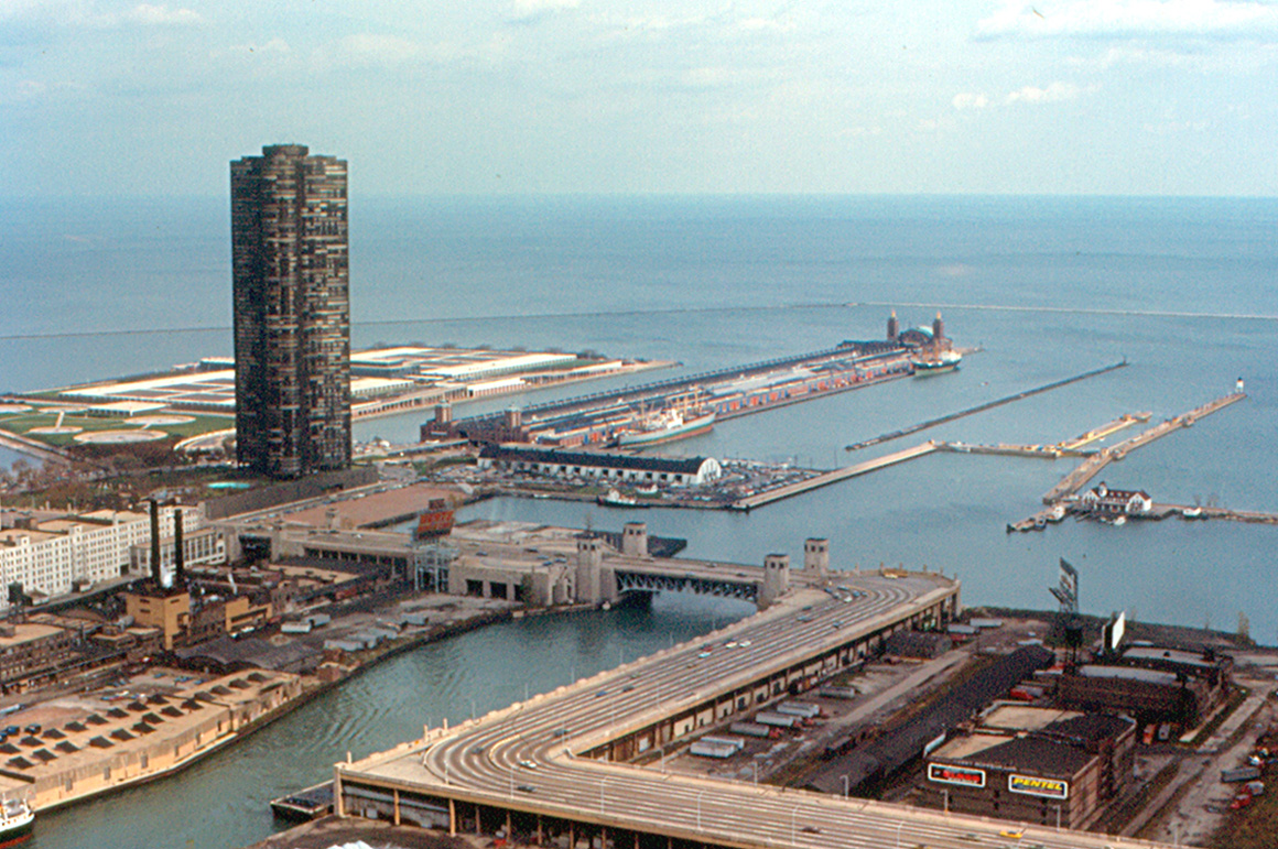 FileChicago Navy Pier From Prudential Building Jpg - Chicago map navy pier