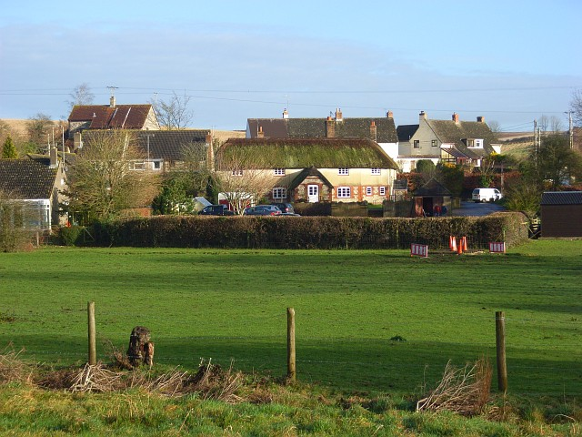 Bestand:Cottages, Piddlehinton - geograph.org.uk - 654861.jpg