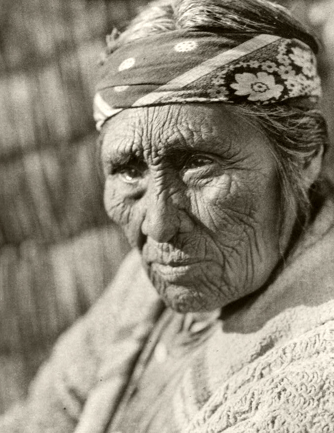 Elderly Klamath woman photographed by Edward S. Curtis in 1924