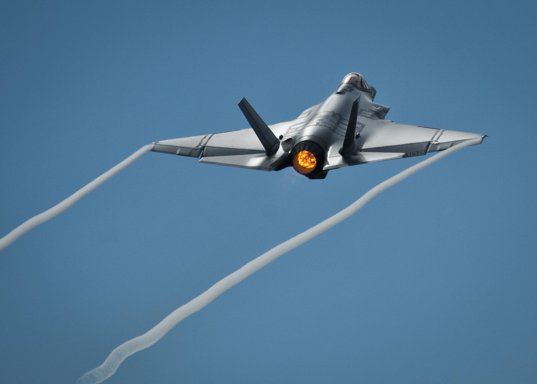 Lockheed Martin F-35 Lightning II   Military Wiki   FANDOM