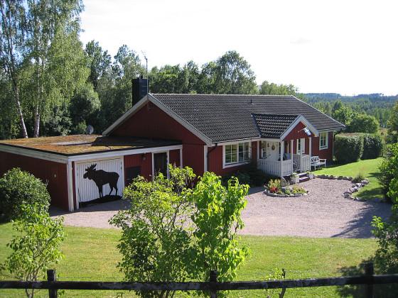 file ferienhaus solgarden smaland schweden foto gfroerer jpg wikimedia commons. Black Bedroom Furniture Sets. Home Design Ideas