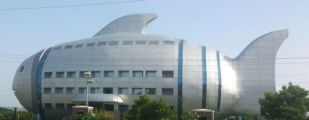 Resultado de imagen de fish building hyderabad