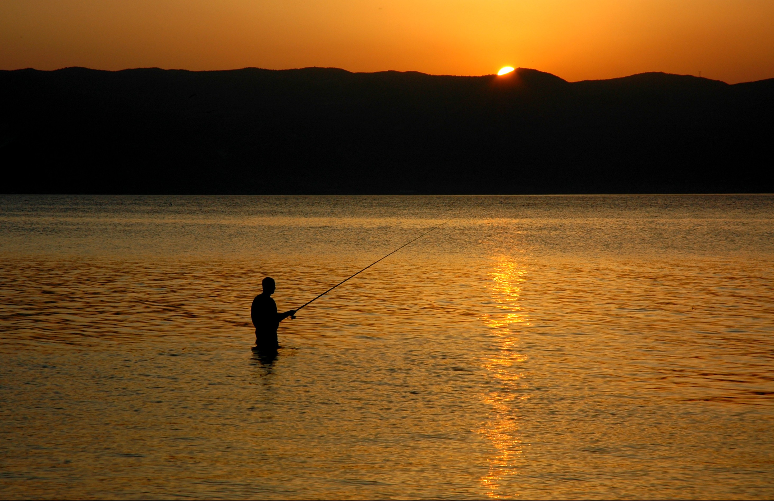 Description fishing lake ohrid
