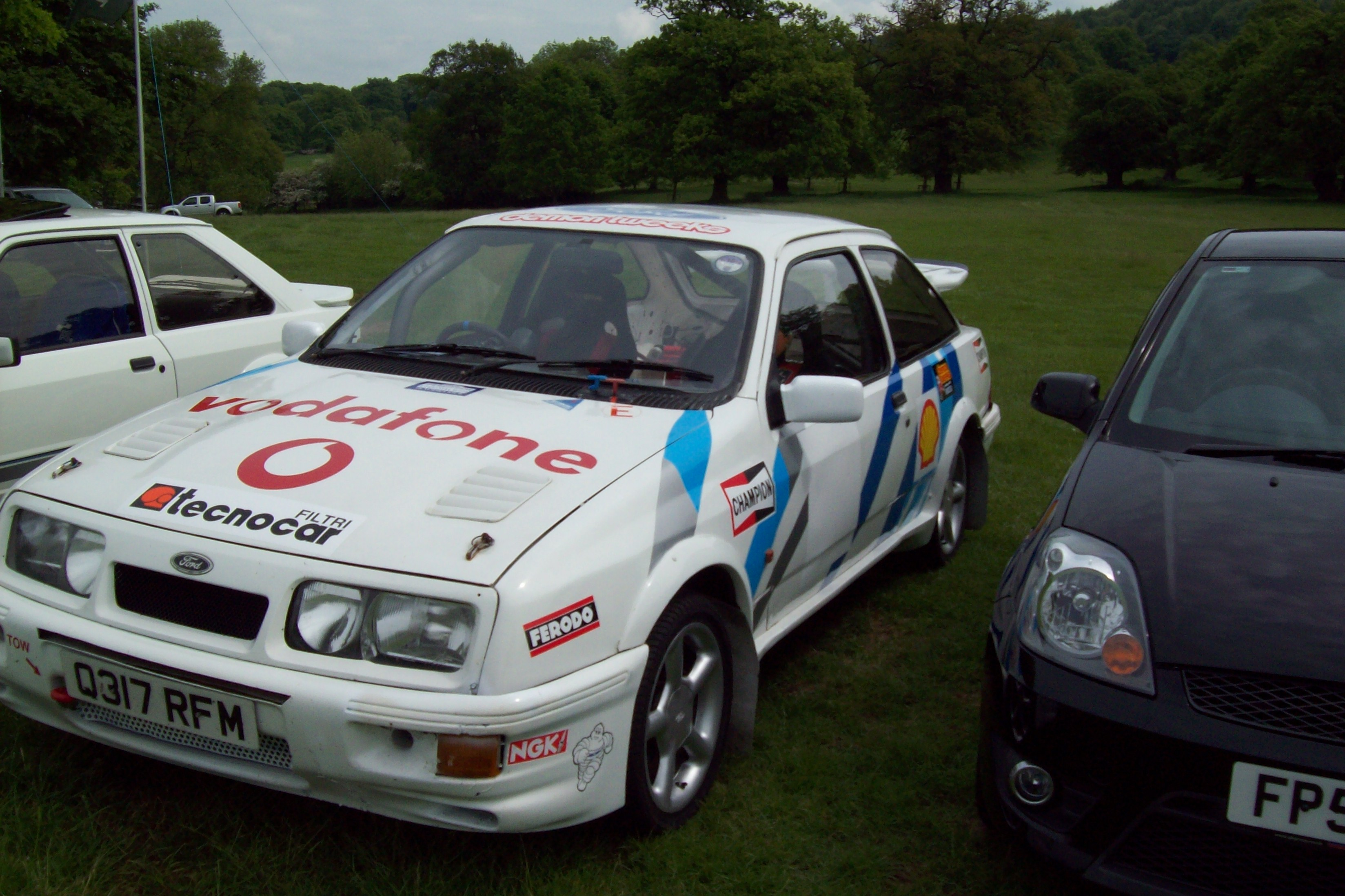 File:Ford Sierra RS Cosworth rally car.JPG - Wikimedia Commons