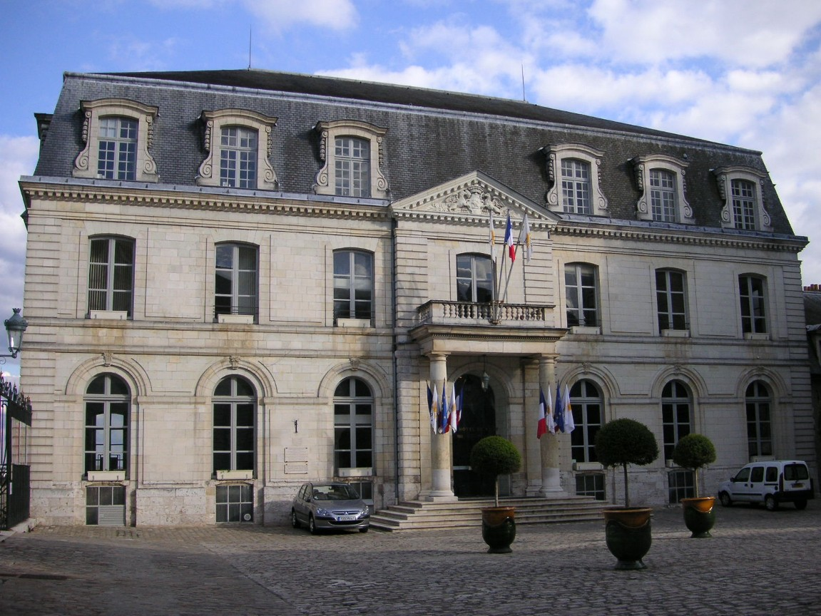 file france blois hotel de ville a jpg wikimedia commons