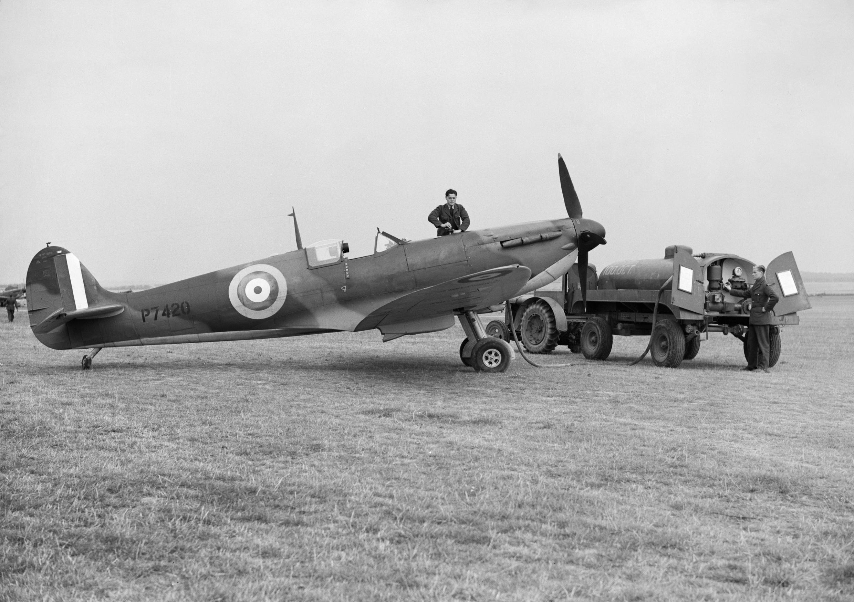 Aeroclassic Spitfire Mk XI Photo Reconnaissance Unit T-Shirt