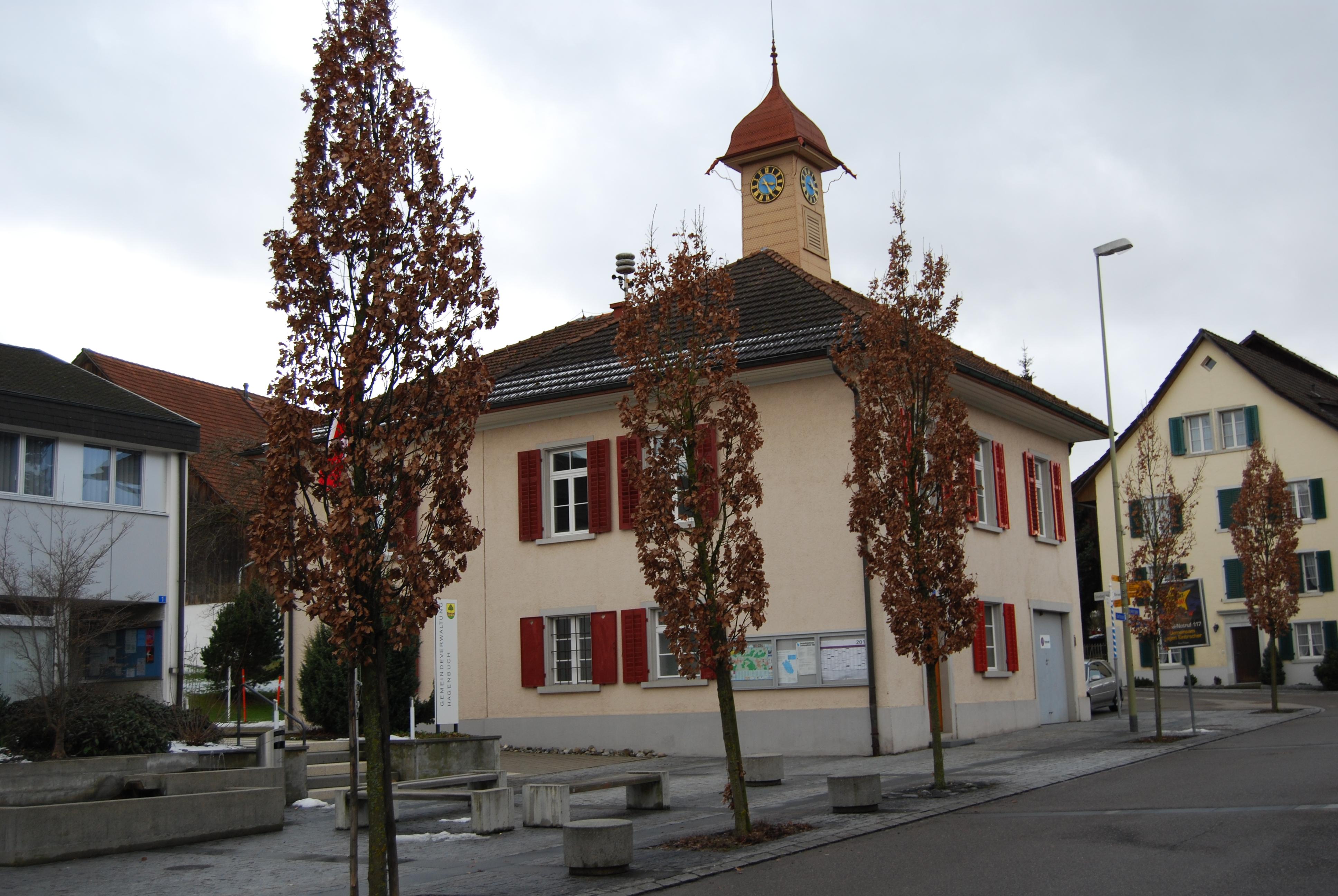 English: School at Hagenbuch, canton of Zürich...