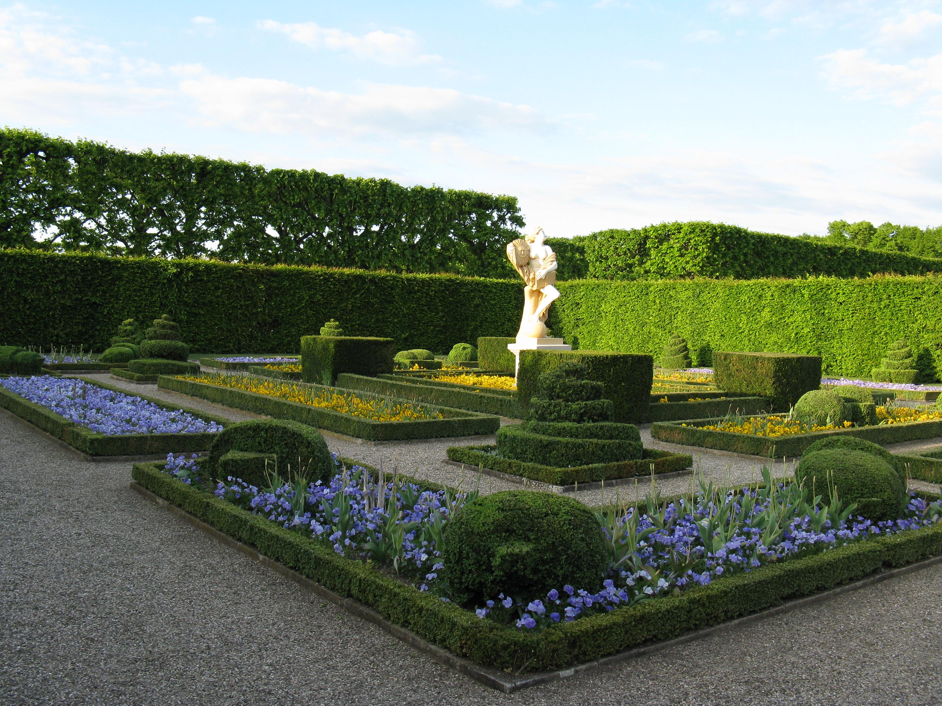 file hannover herrenhausen gro er garten blumengarten jpg wikimedia commons. Black Bedroom Furniture Sets. Home Design Ideas